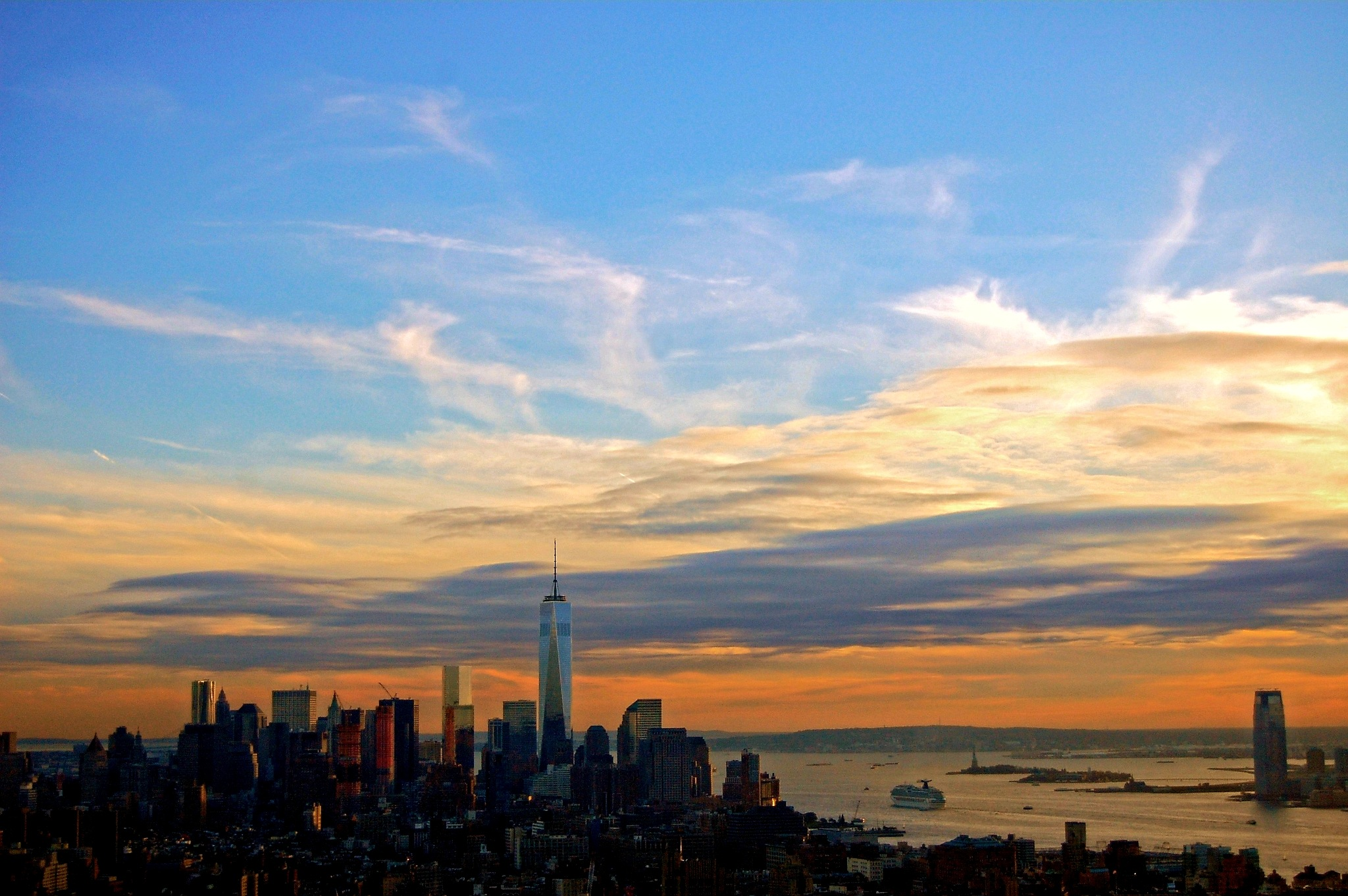 Sunset in Manhattan by Tony Kao