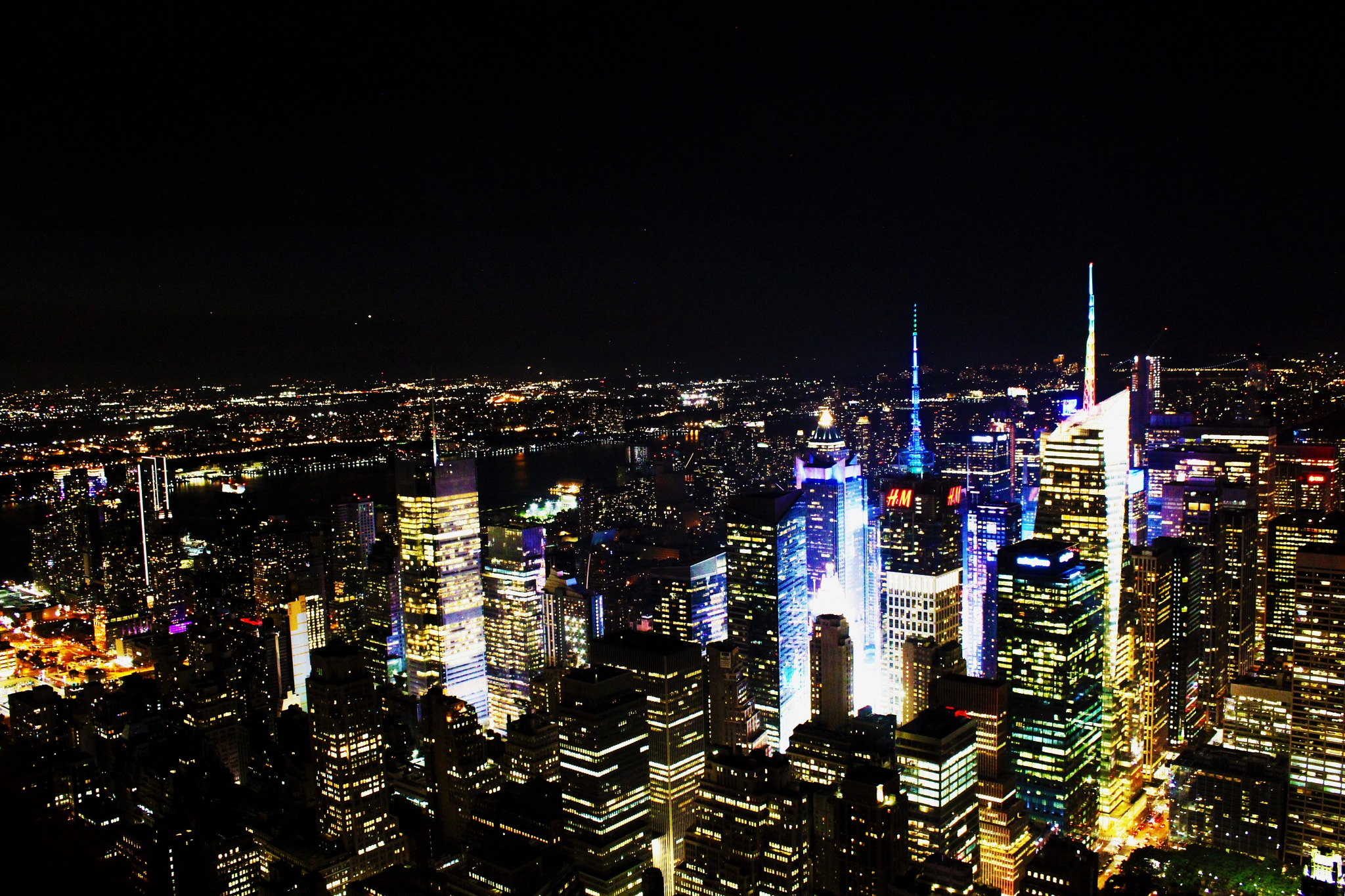 Manhattan newyork at night by Shanil Shah