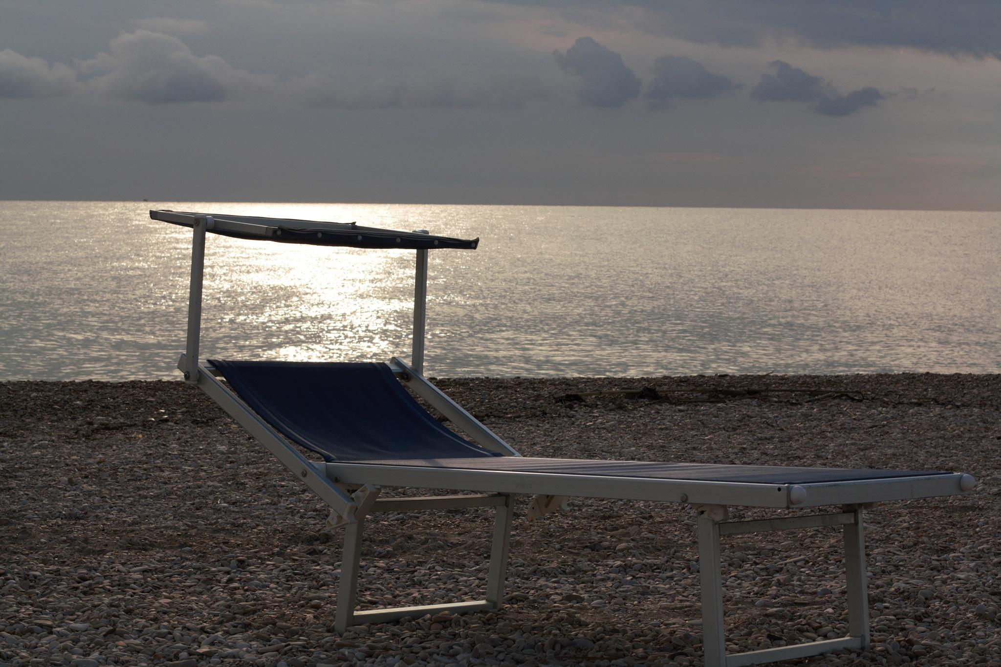 Early morning on the beach by Ghislain