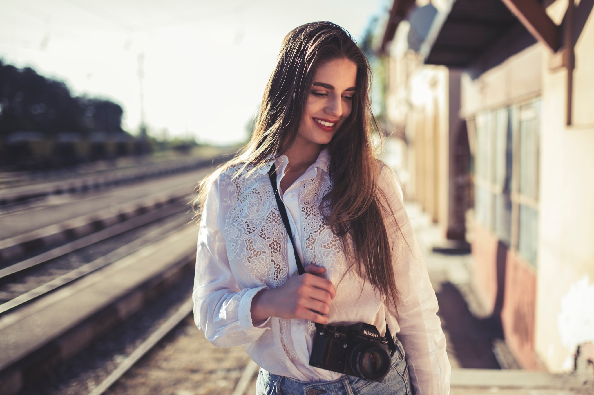 Girl with Nikon by Giorgio