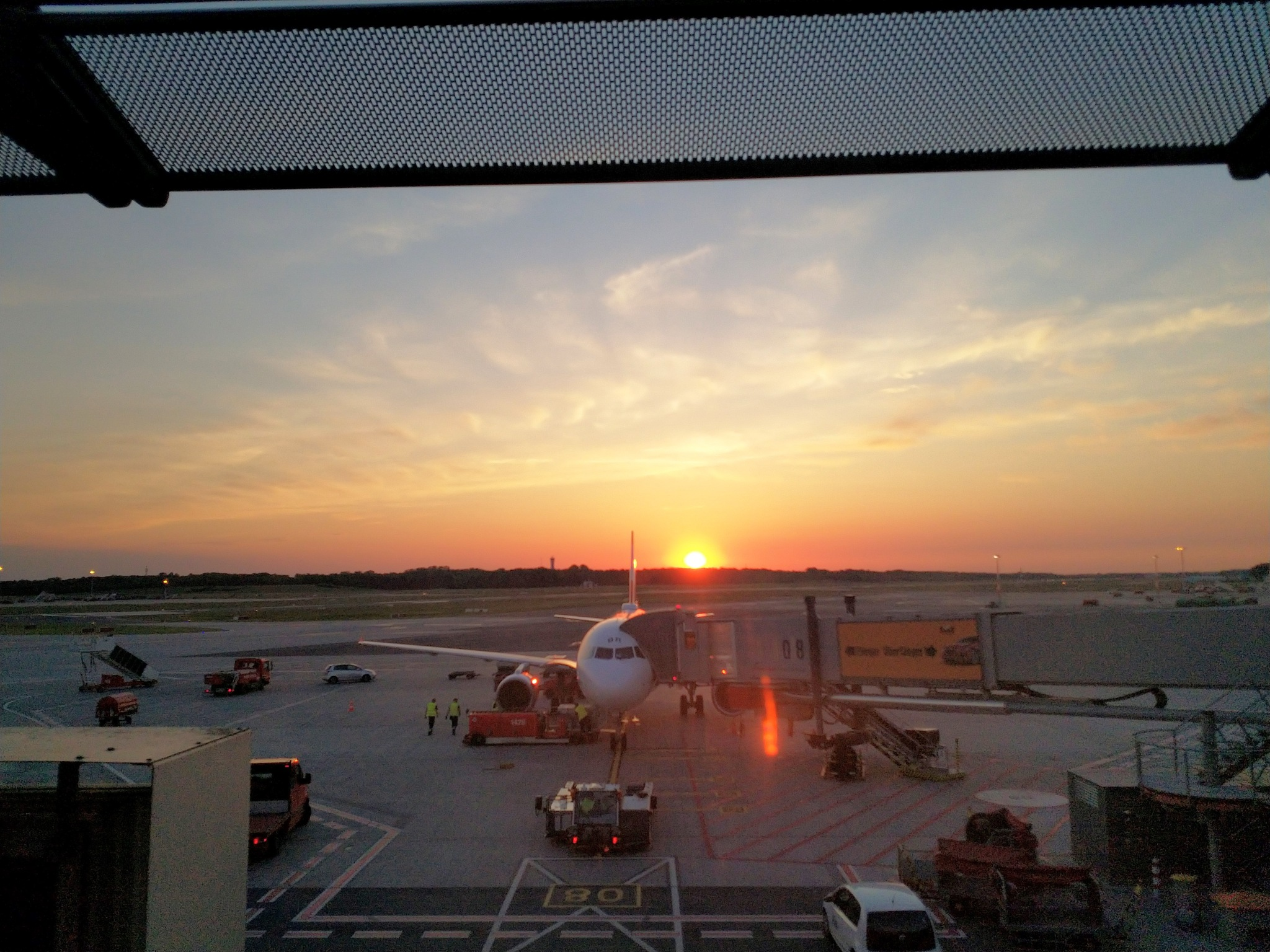 Airport Sunset by Frank Leskova (FL Portraits & Travel)