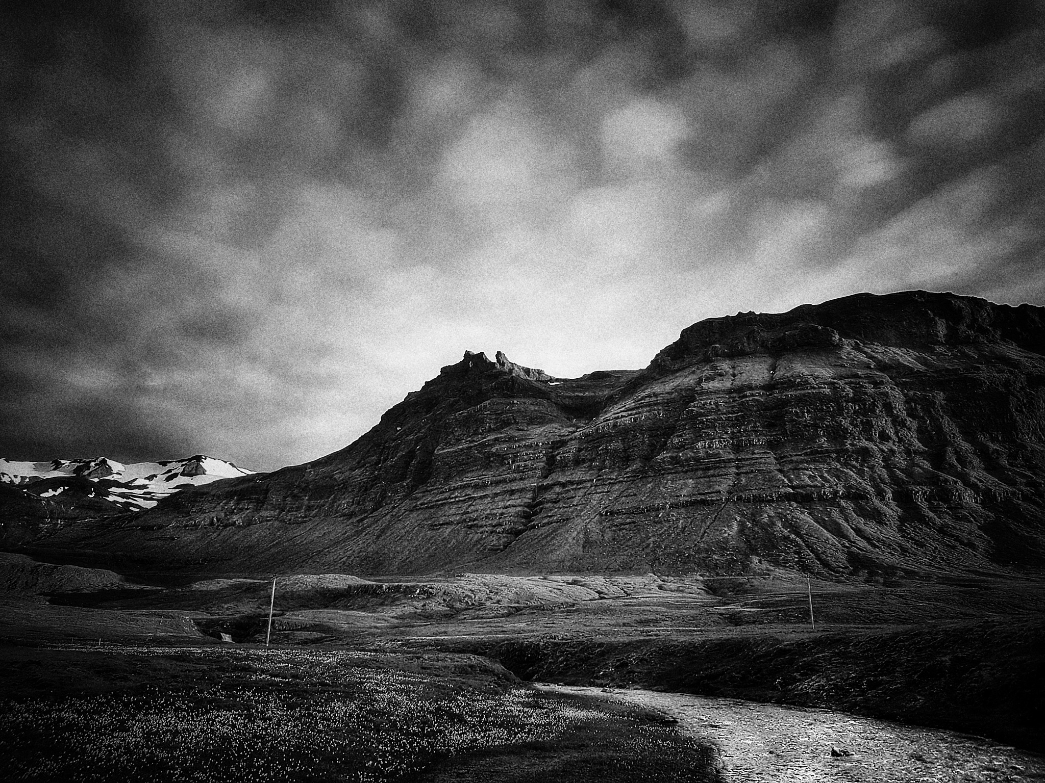 Black and White Mountine  by Jonas Hermansson