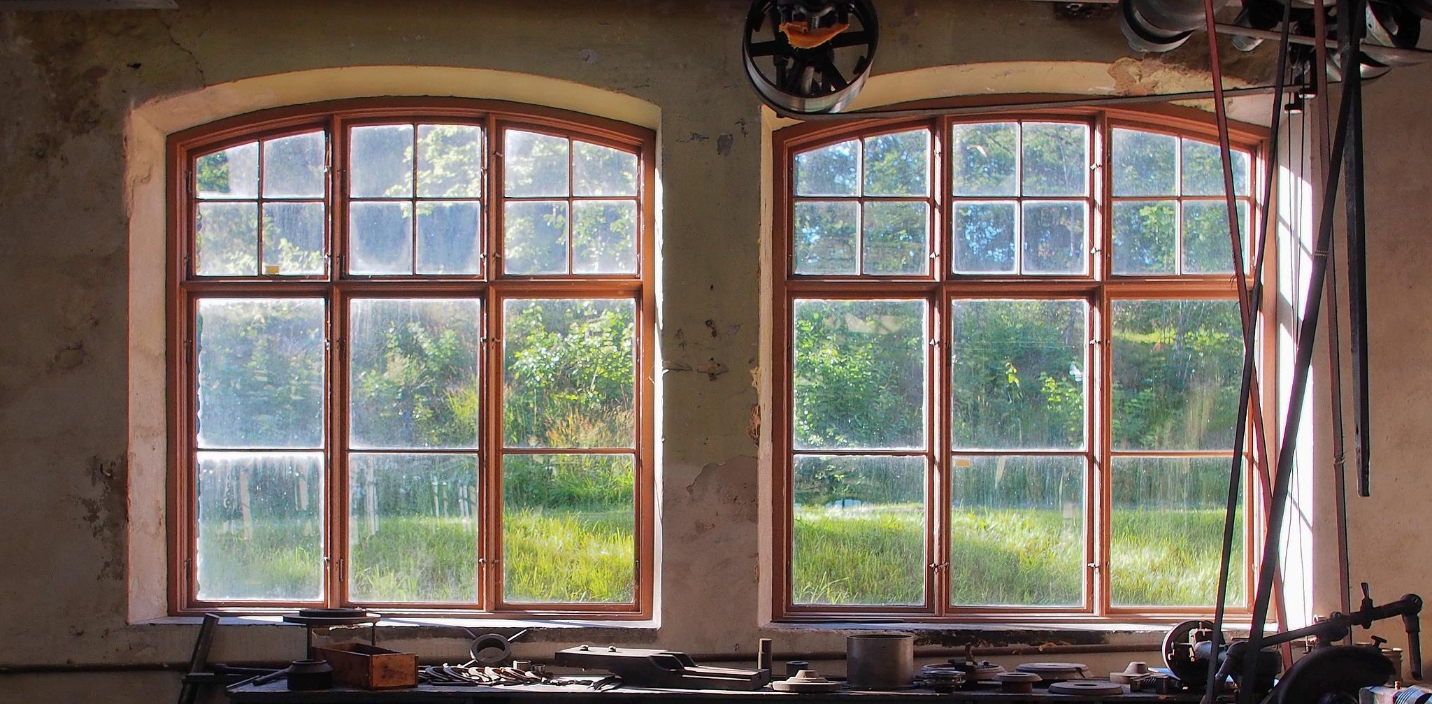 Windows by Ove Bogart Gunnarsson