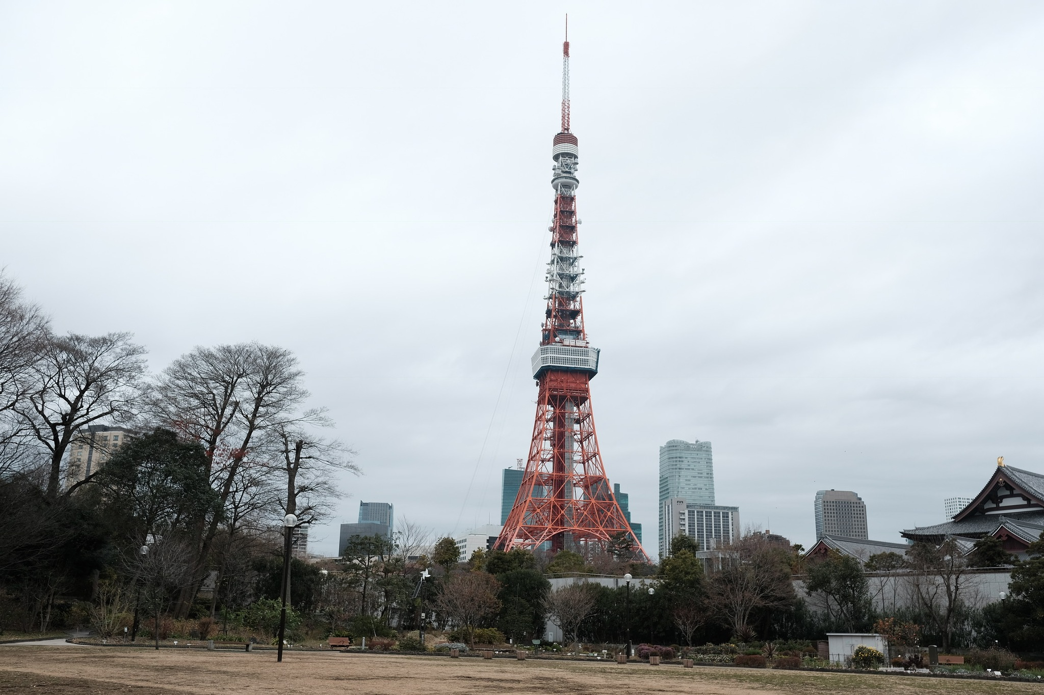 TOKYO TOWER by MOO