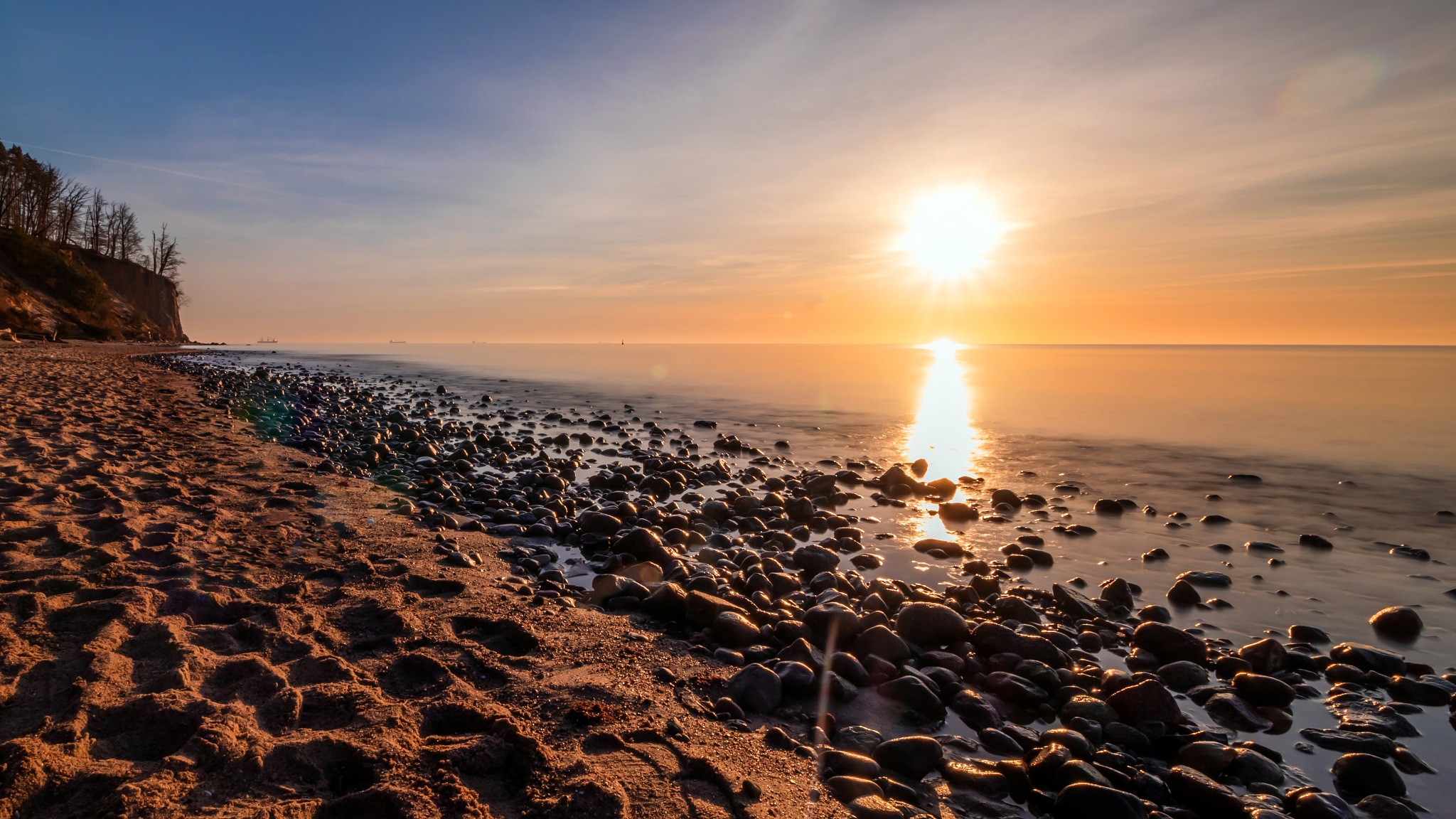 Sunrise, Baltis Sea by Paweł