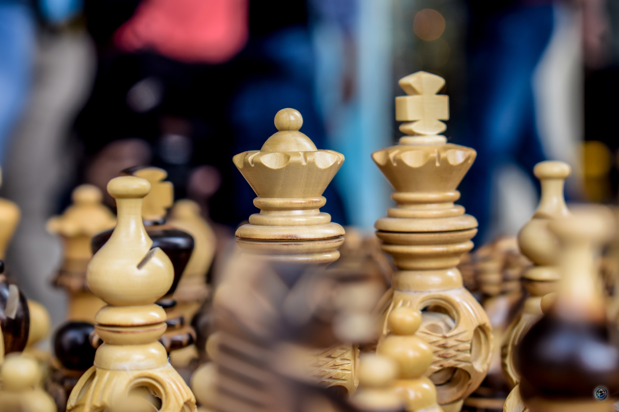 Photo in Random #chess #king #queen #streetphotography #killyourcity citykillerz ill #streetshared #streetphotography #urbanandstreet #streetmagazine #sportsphotography #sportsphotography sportphotog