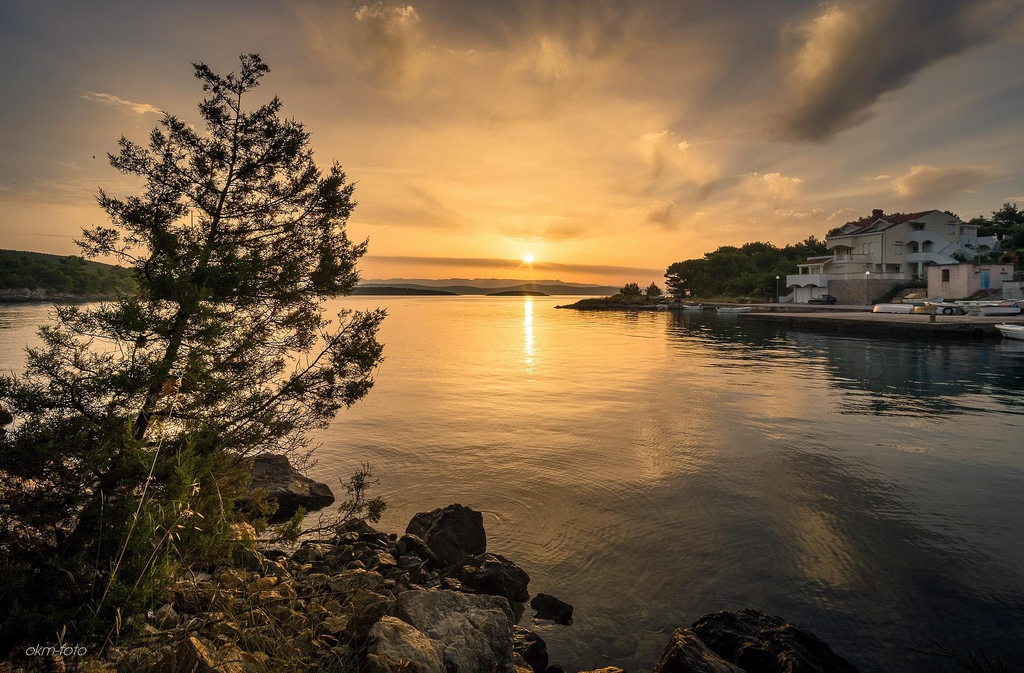 Sunrise Dragove by Oleg Muehlberger