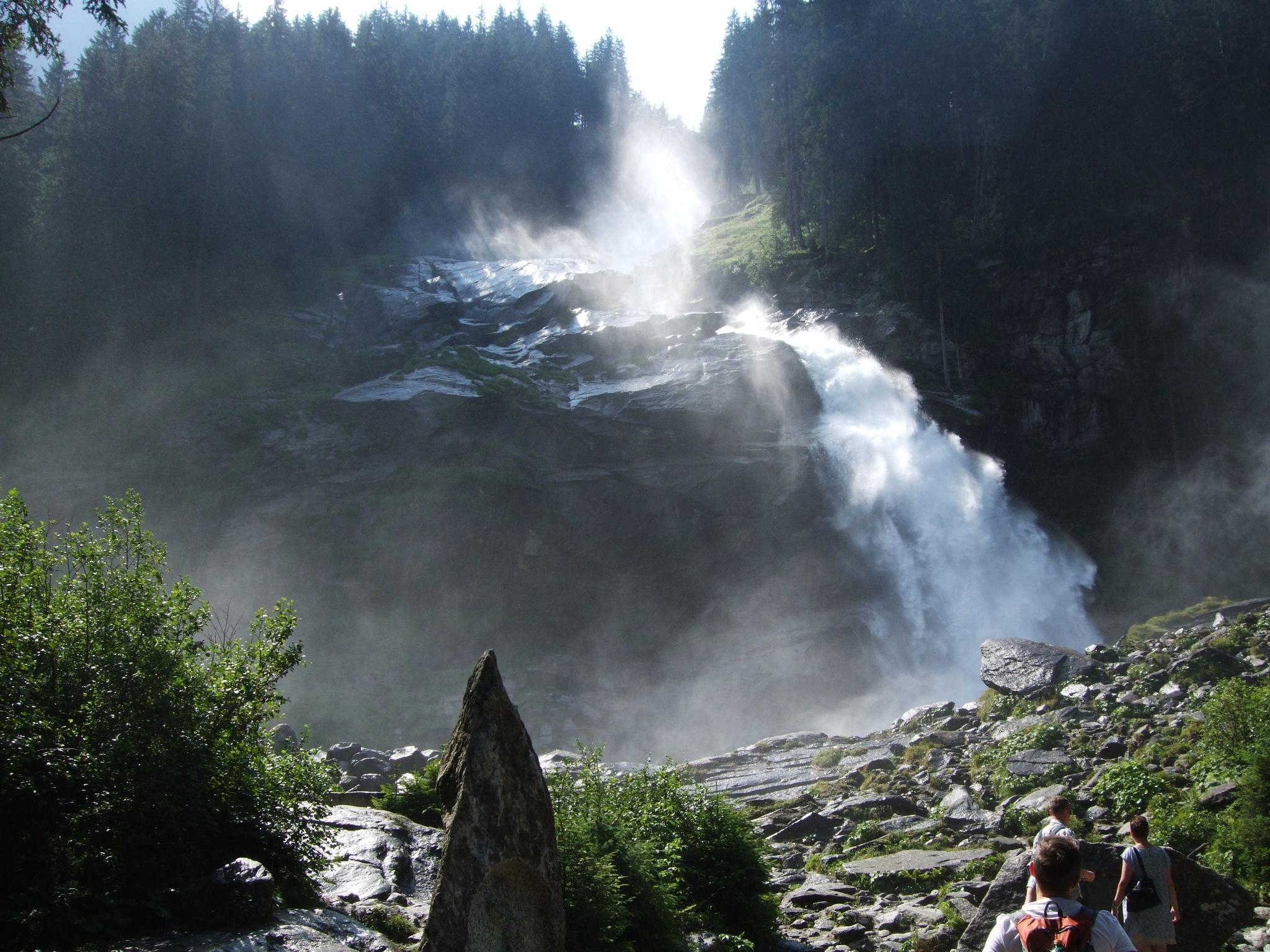 Krimmler Wasserfälle by sverreklein