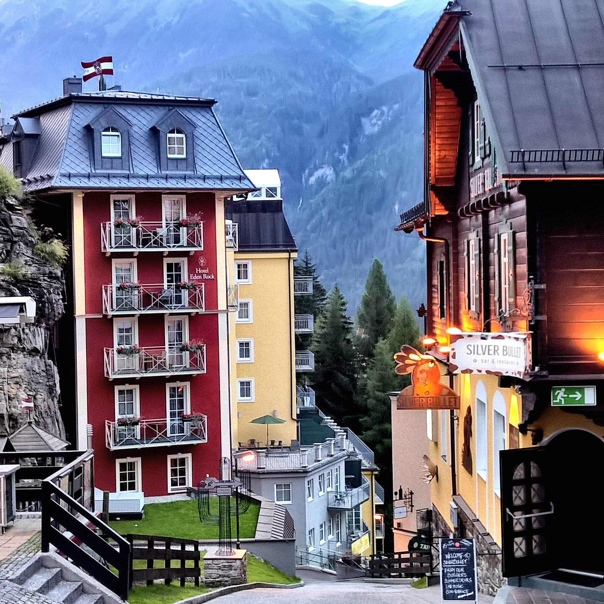 Bad Gastein street view by Krister Honkonen