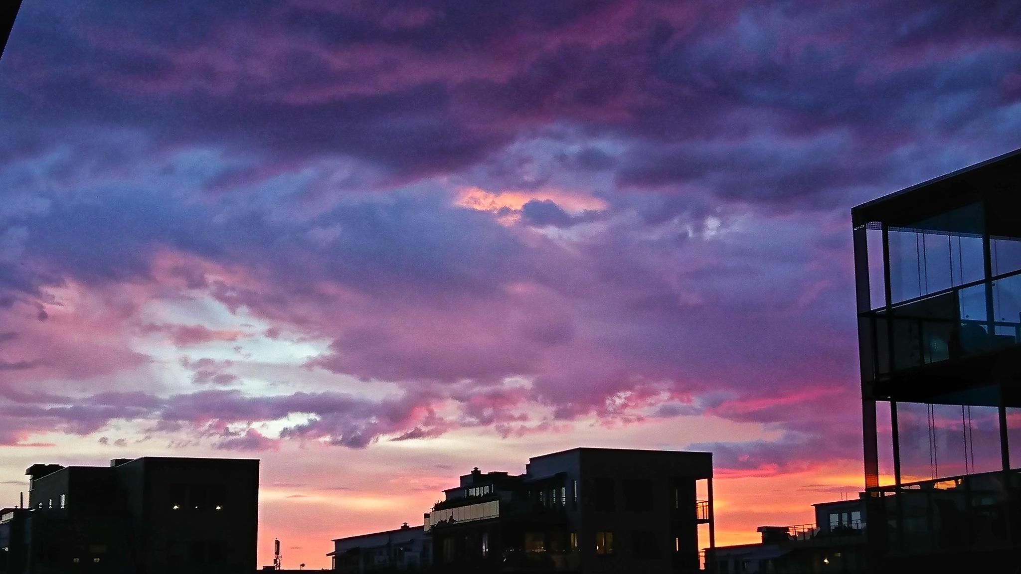 Last nights sunset by Krister Honkonen