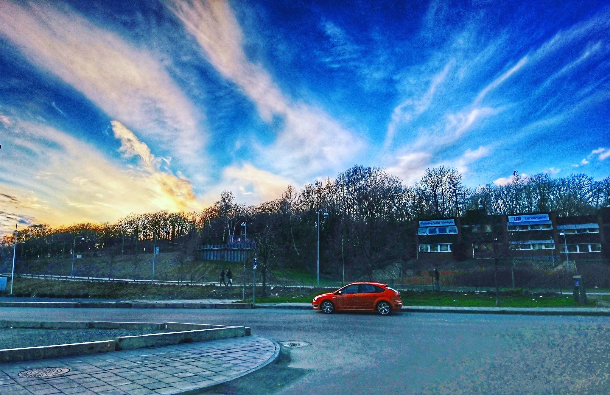 Red car by Krister Honkonen