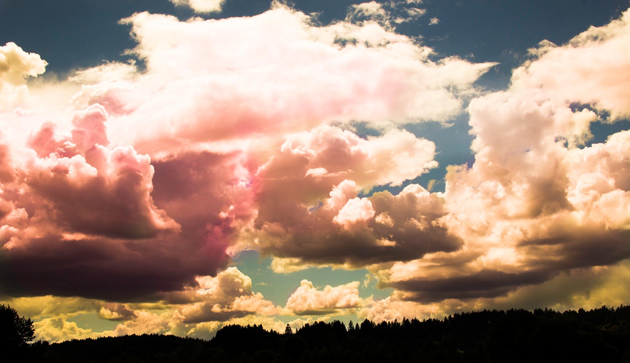 Clouds by Jason Graefen