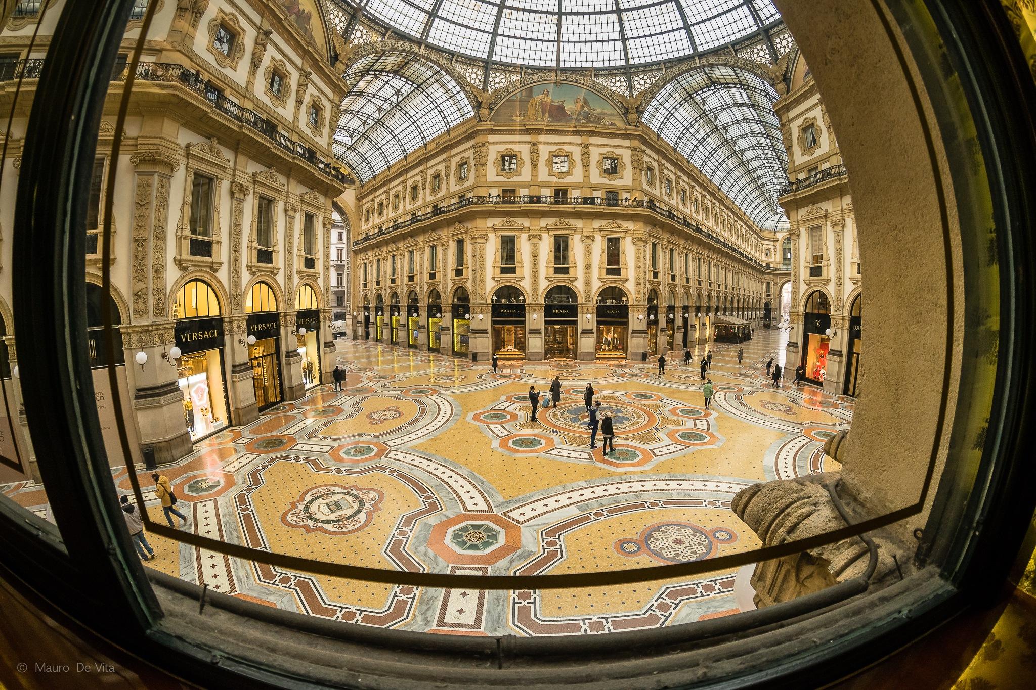 Galleria by Mauro De Vita
