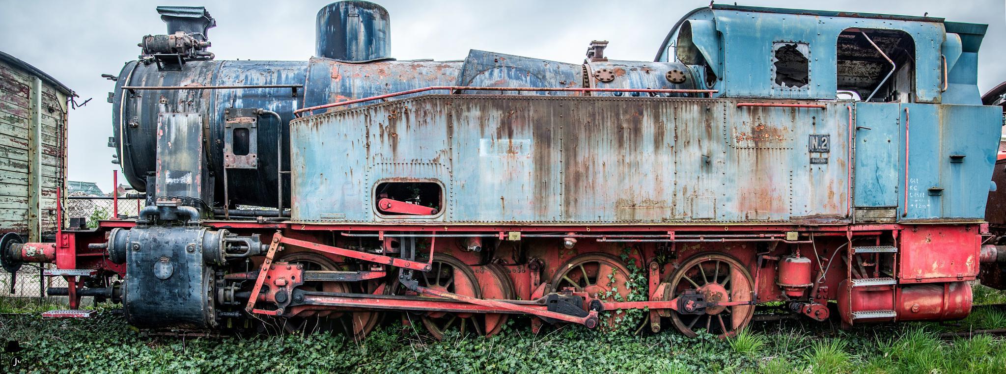 Le train by Le Baroudeur