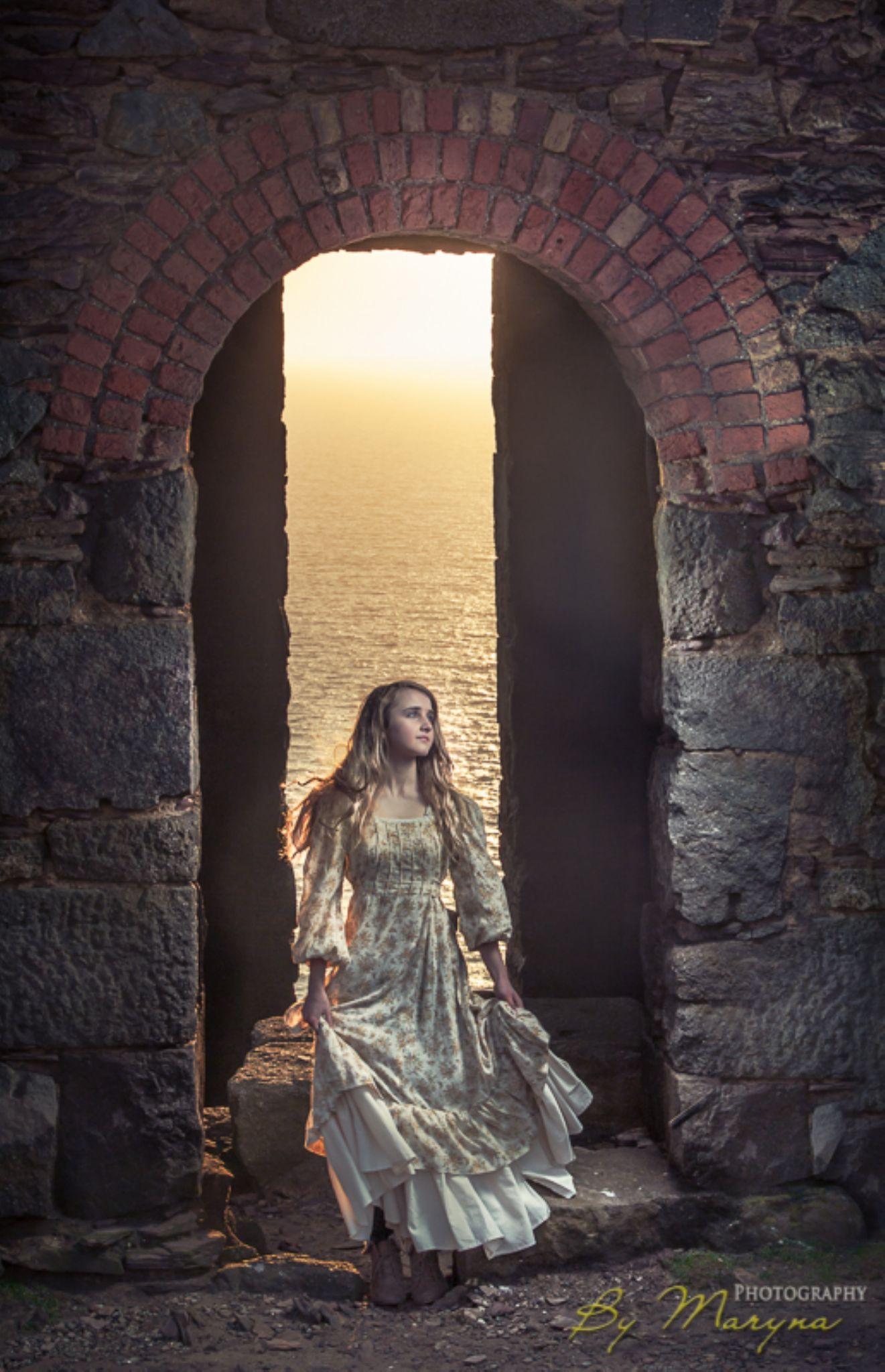 Tales from long ago. Cornwall by Maryna Halton