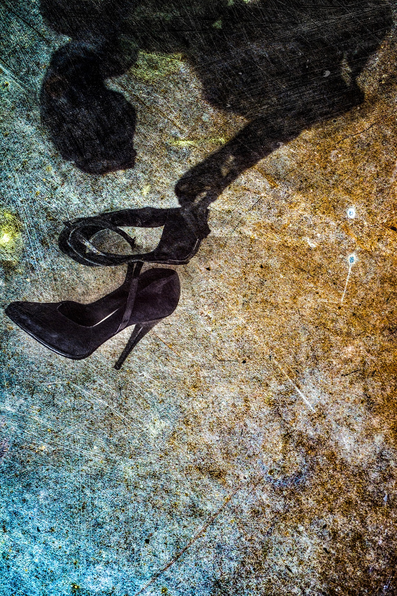discarded romance by Tom Rattunde