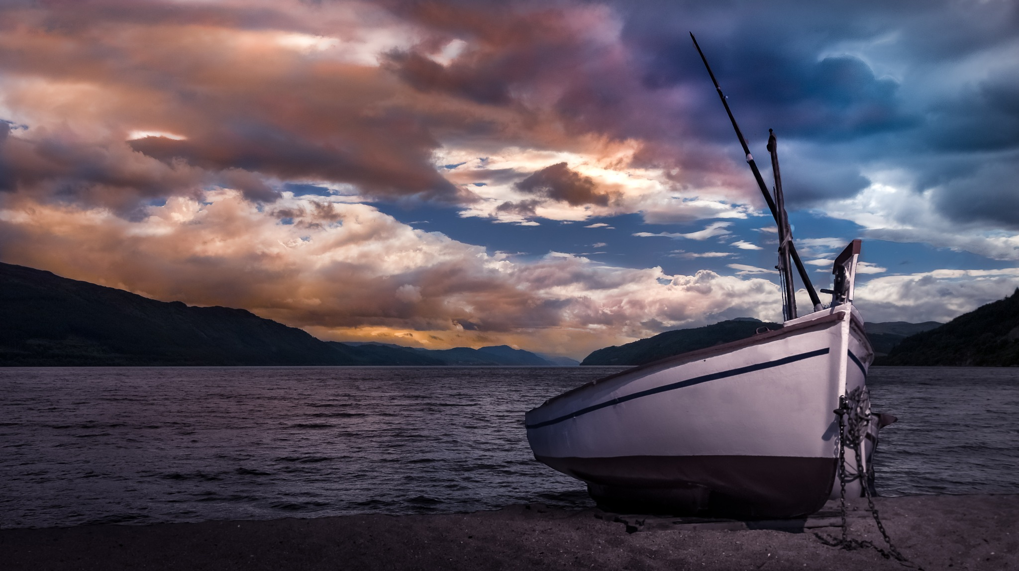 The boat under the sky by Alec Rain
