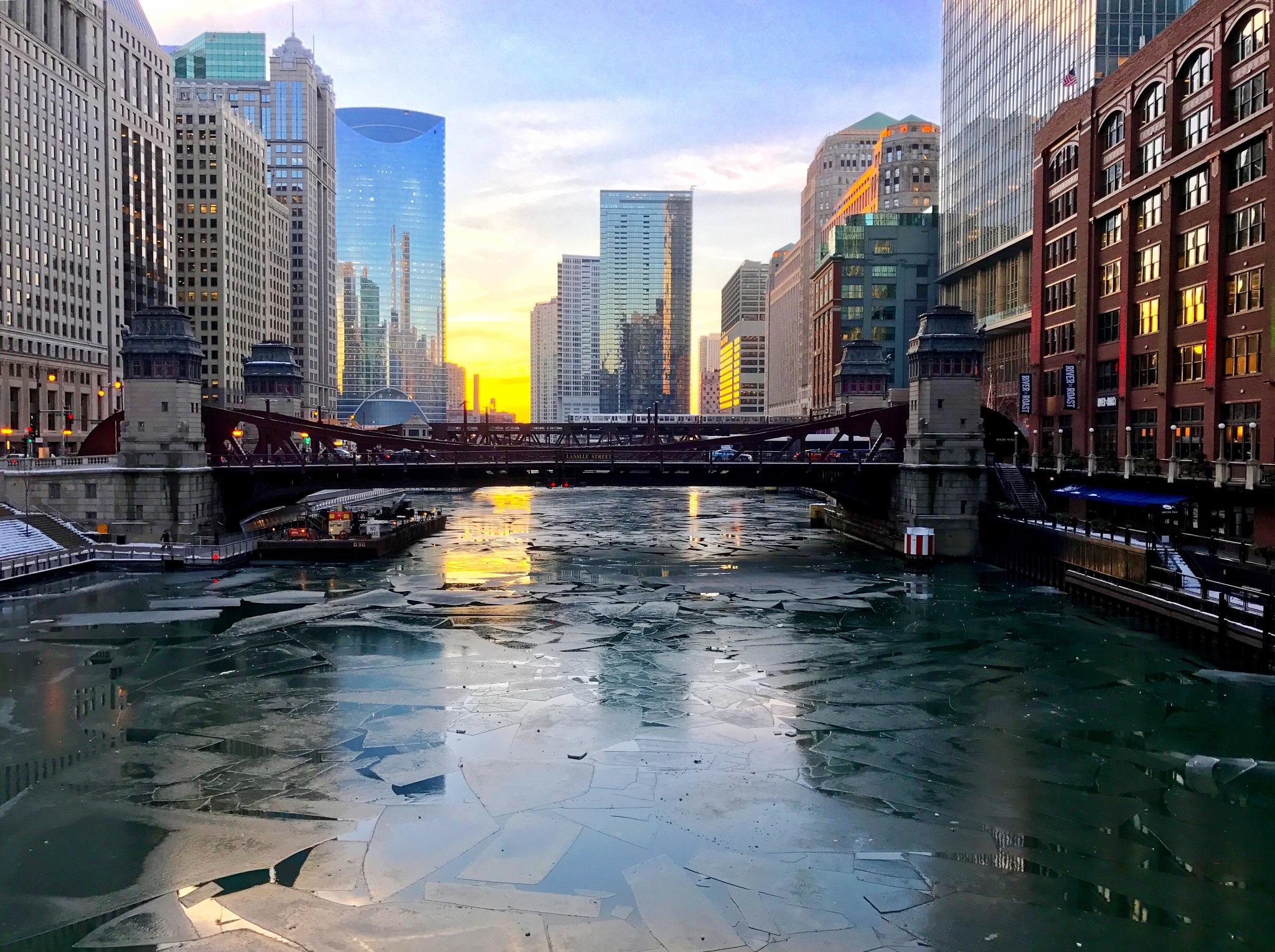 Chicago River by Daniel Eggert