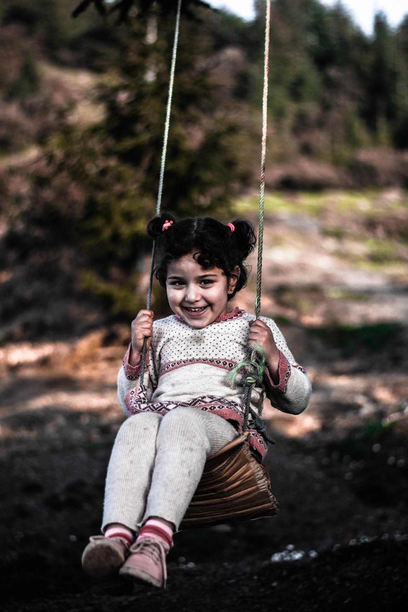 Little girl ^^  by Amine M'Siouri