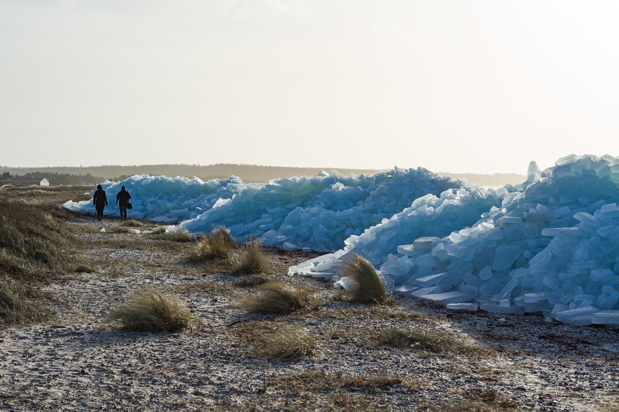 Ice shoves II by Per Borring