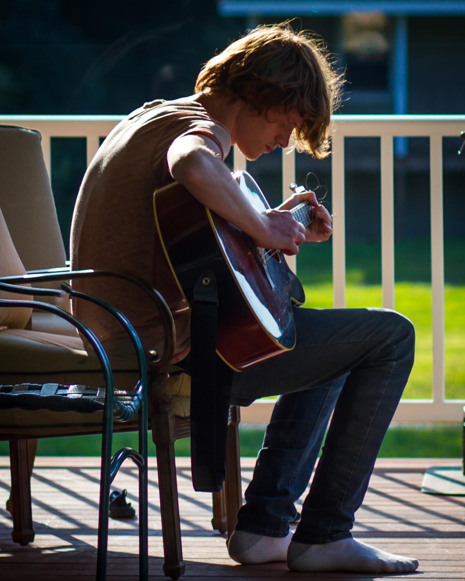 Guitar Man by LancePangborn