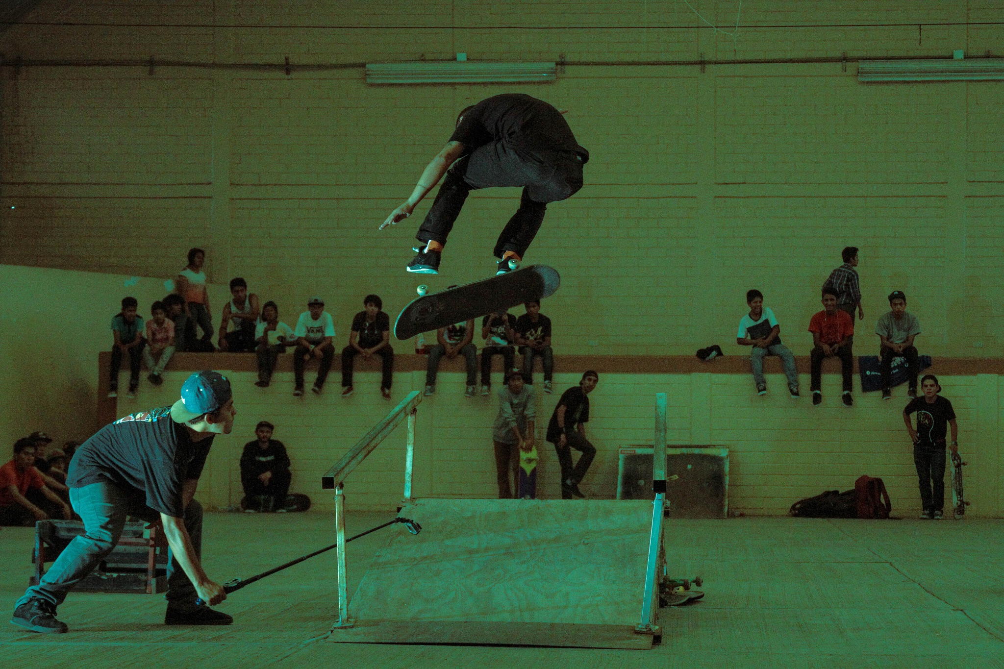 skateboarding by osvaldo medina xolaltenco
