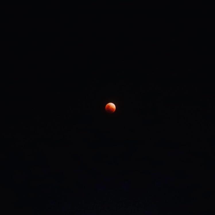Super Blue Blood Moon by Chyzyz Y. Semblante