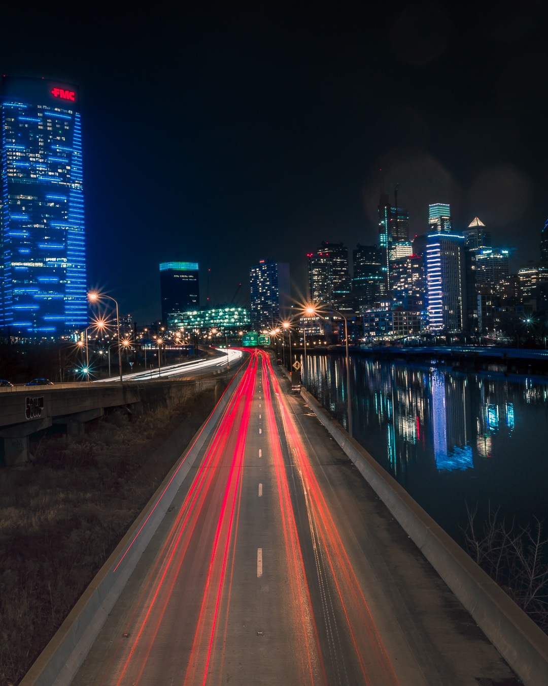 Philadelphia Skyline by Alonzo West