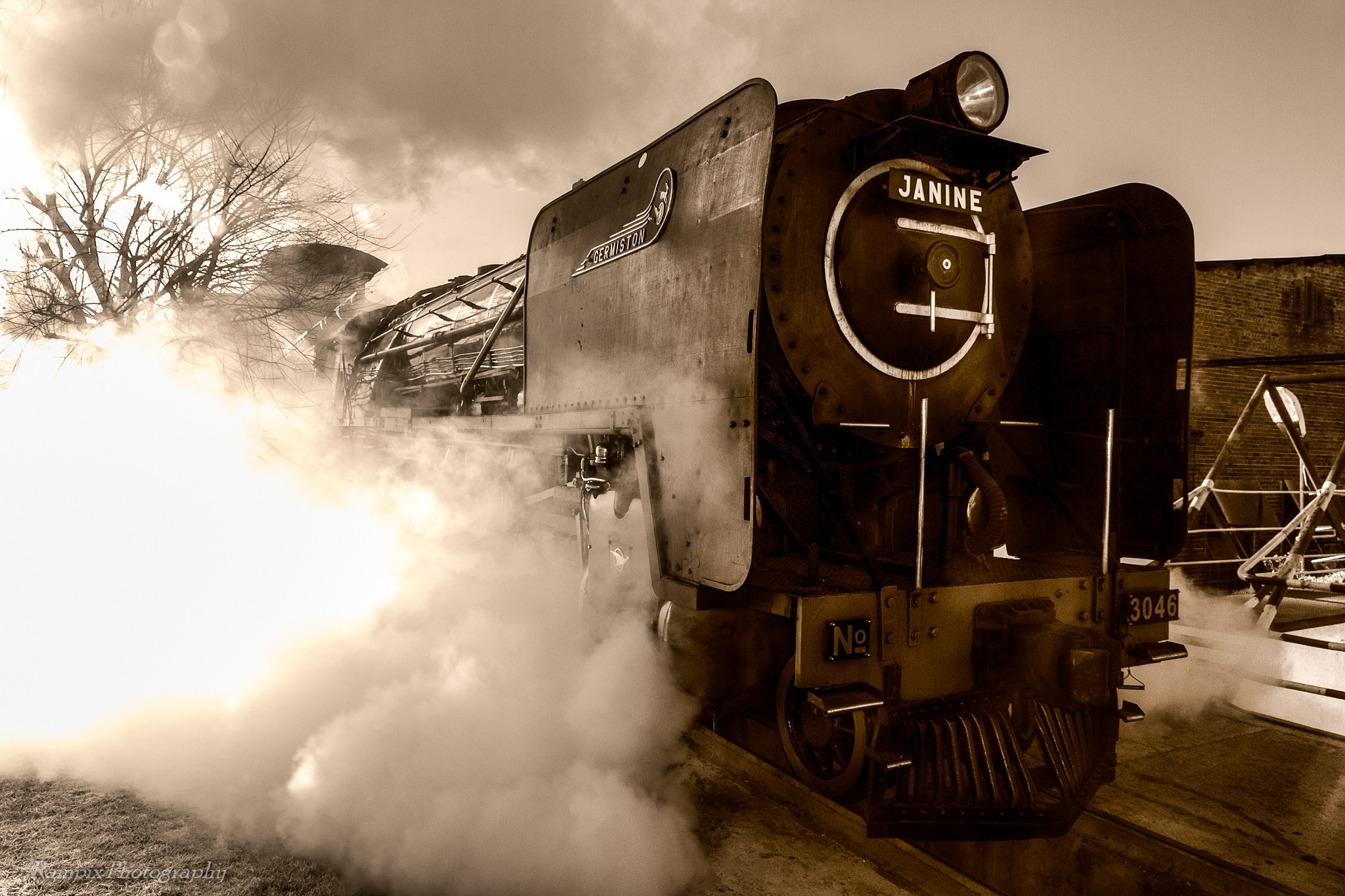 Steamtrain by Rampix