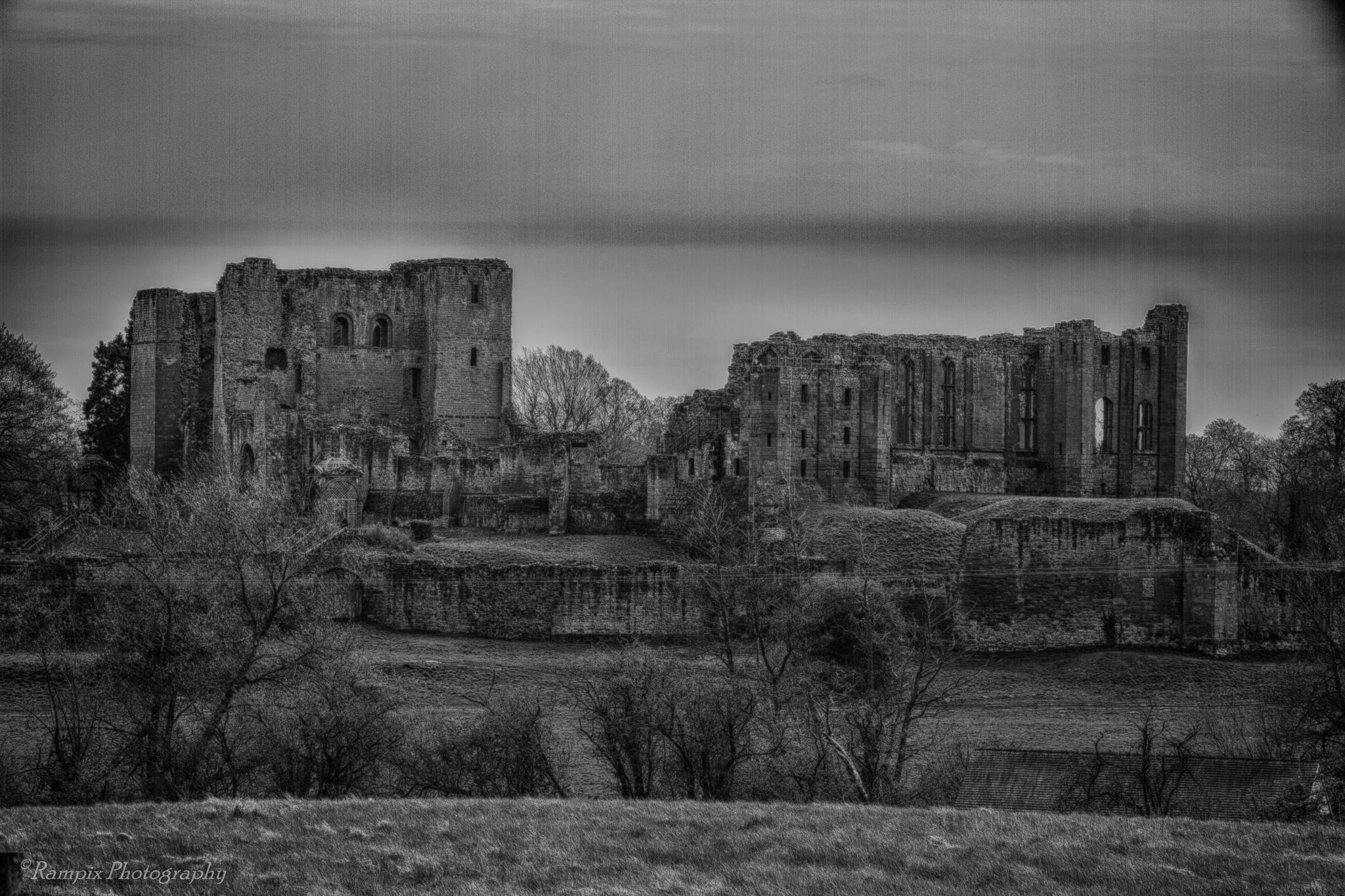 Kenilworth Castle by Rampix