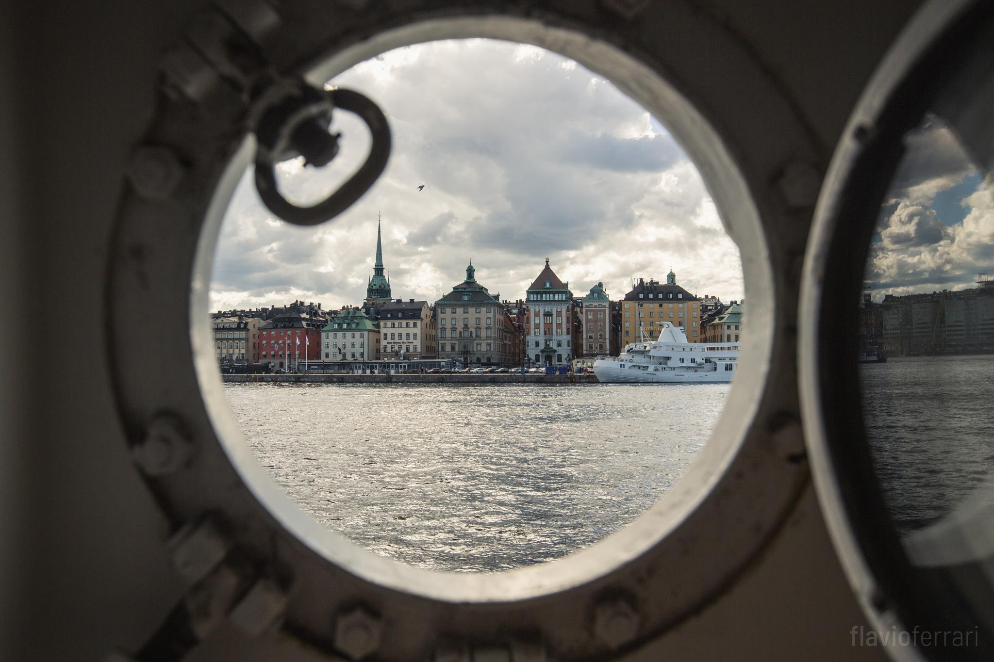 Through the Porthole by Flavio Ferrari