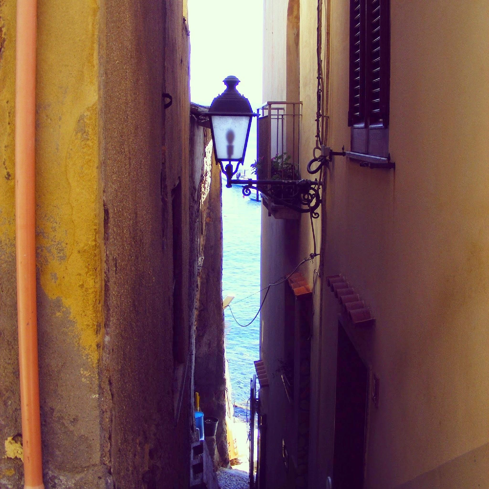 Vicolo del Chianalea by cescovil
