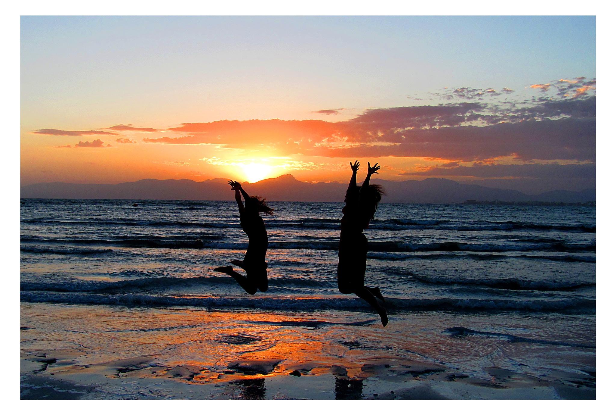 Happy girls at the beach - Mallorca by Fritz O. K. Jakobsen
