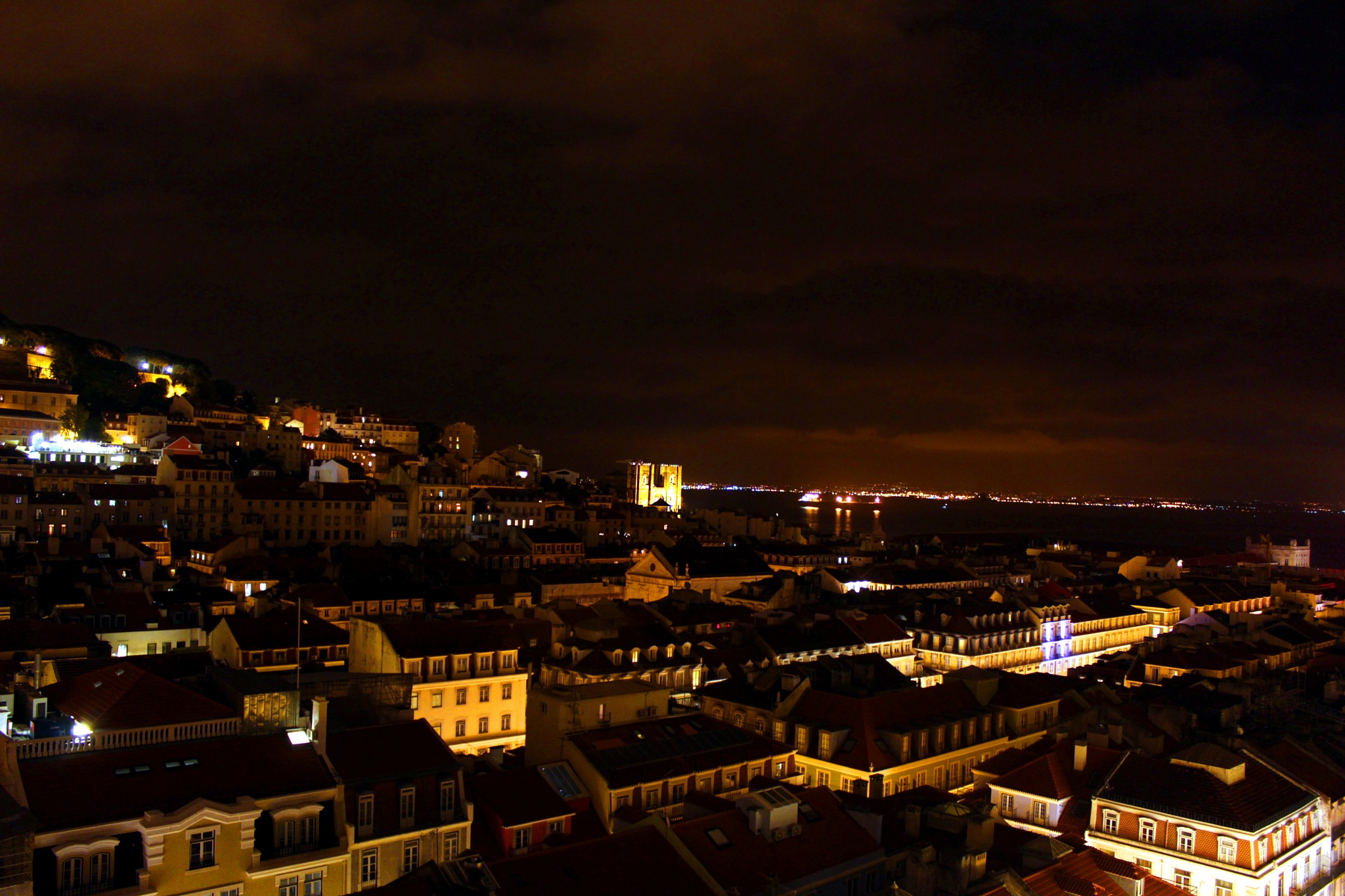 Night view of Lisbon by Cristiano Maioli
