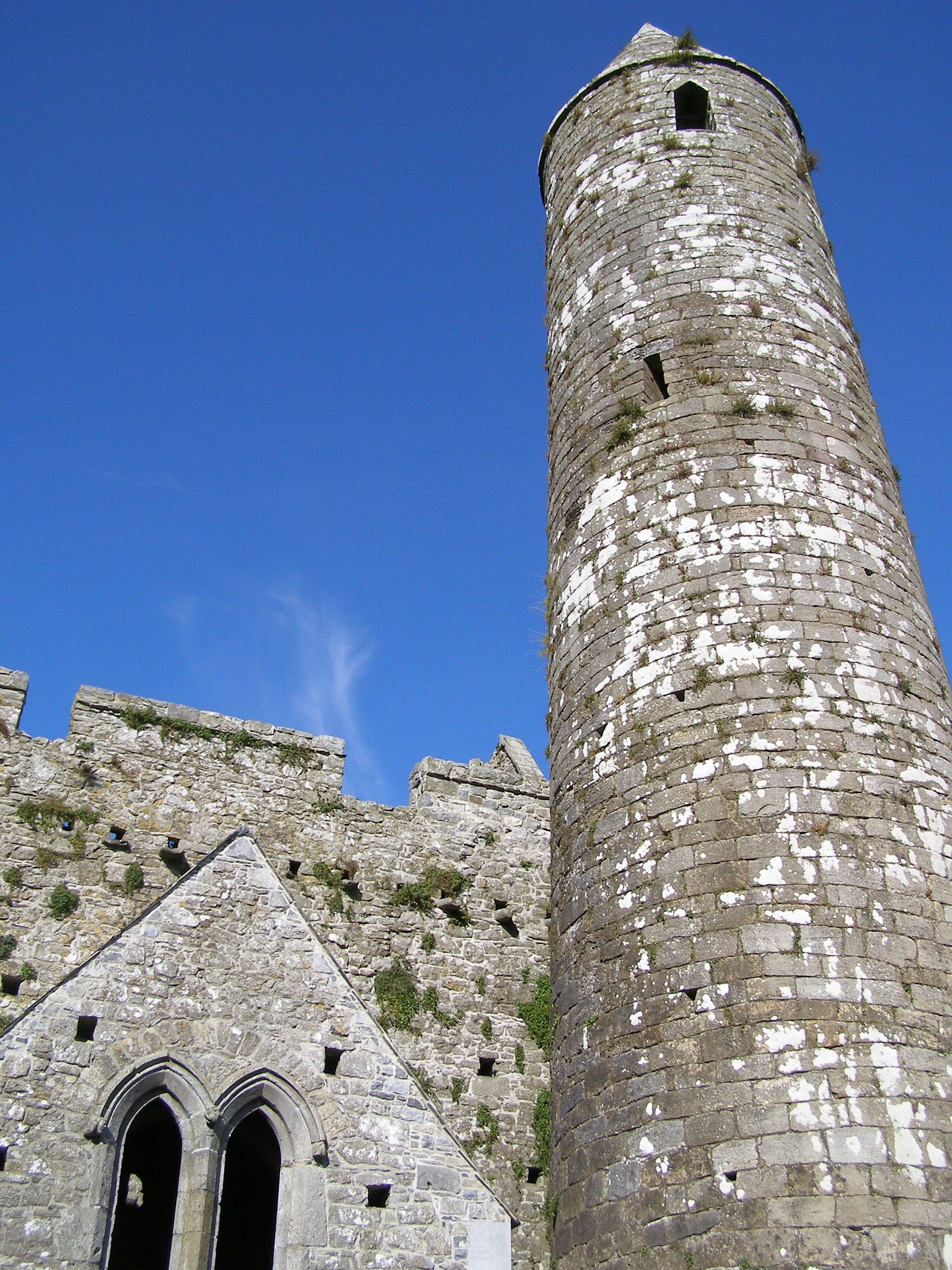 Cashel's Round Tower by John Banks