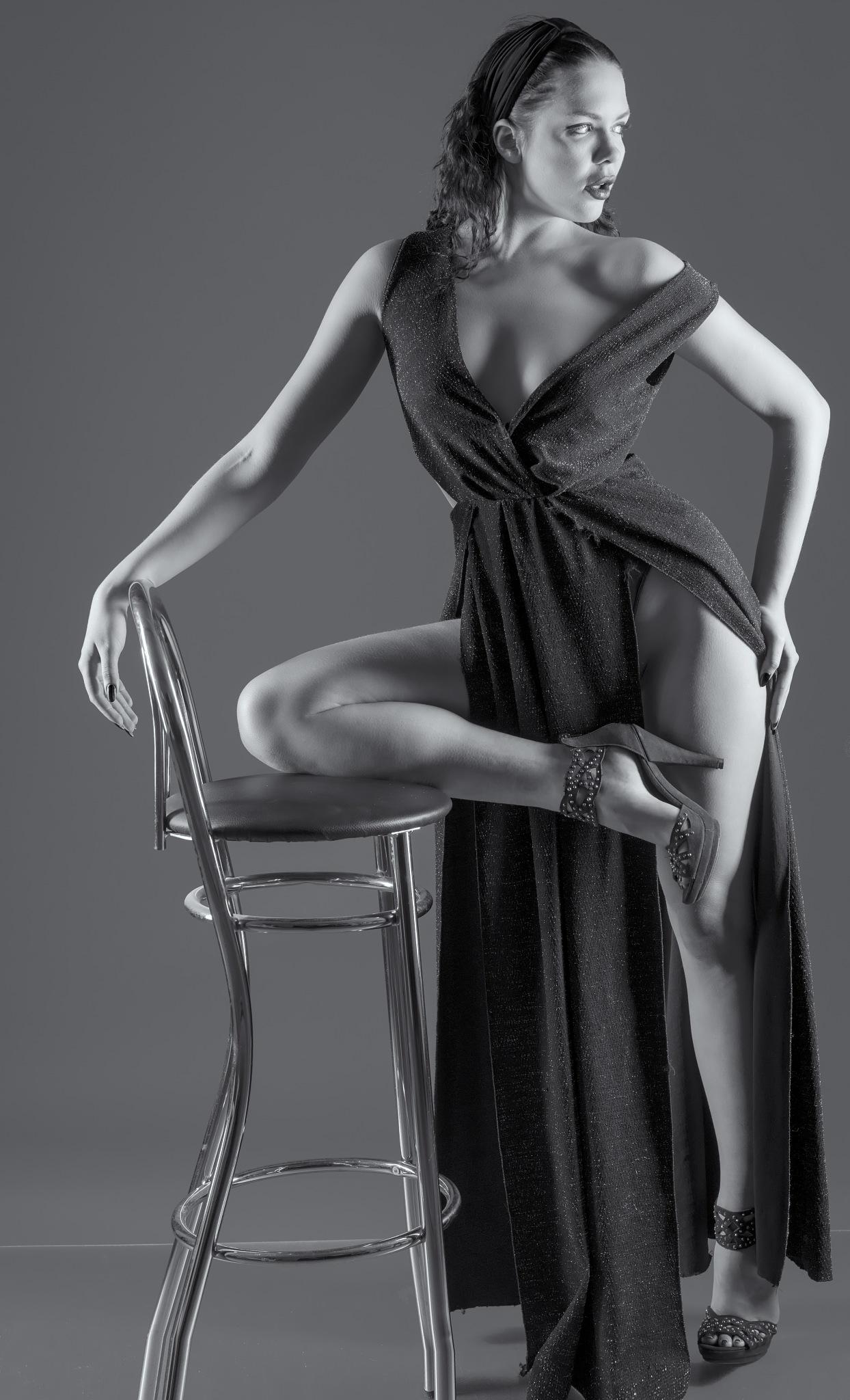 Olga-Maria - Barhocker - Bar stool by Helmut Brandt