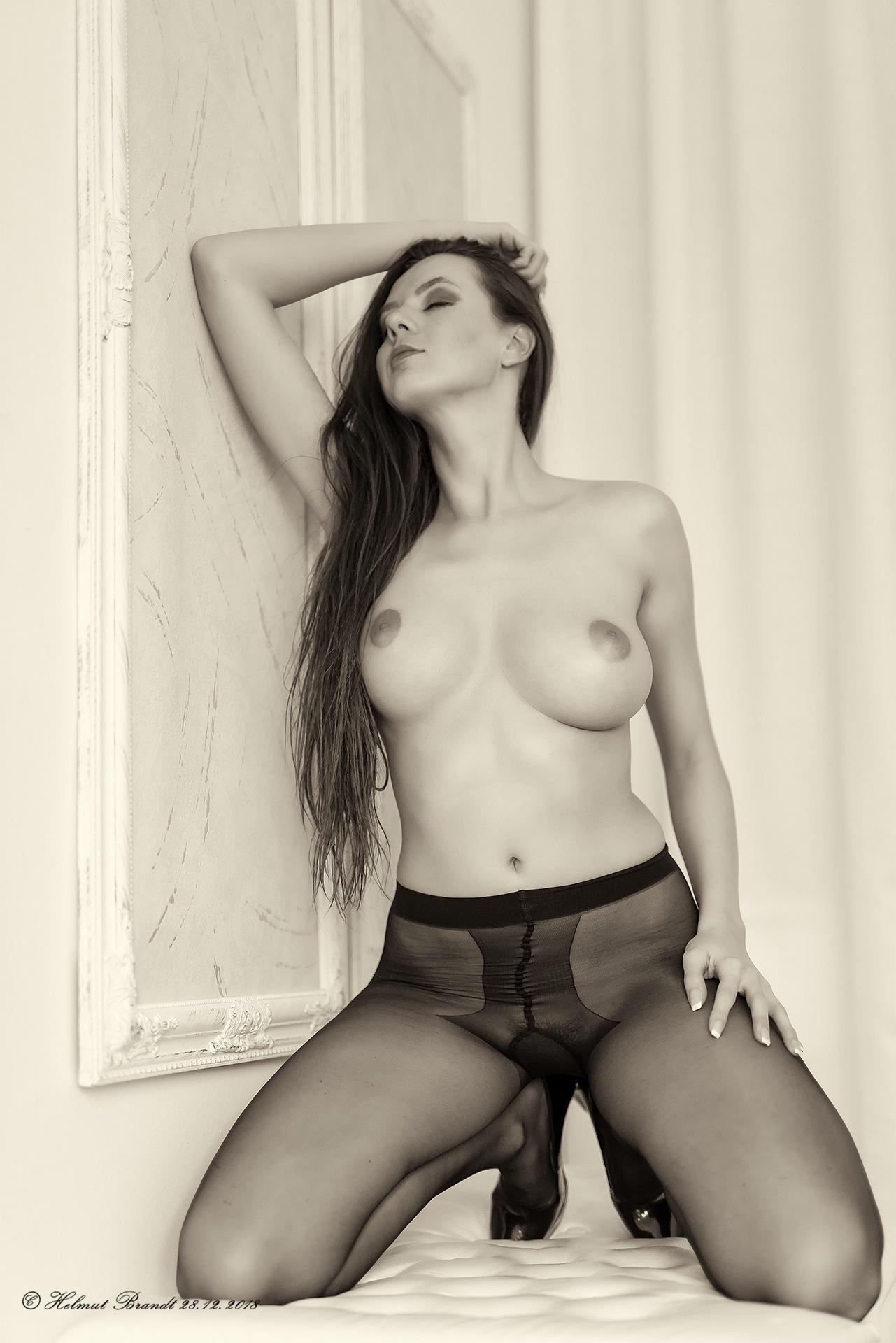 Photo in Nude #adult #nude #sexy #woman #panty #strumpfhose #akt #frau #budoir #prague #homeshooting #prag