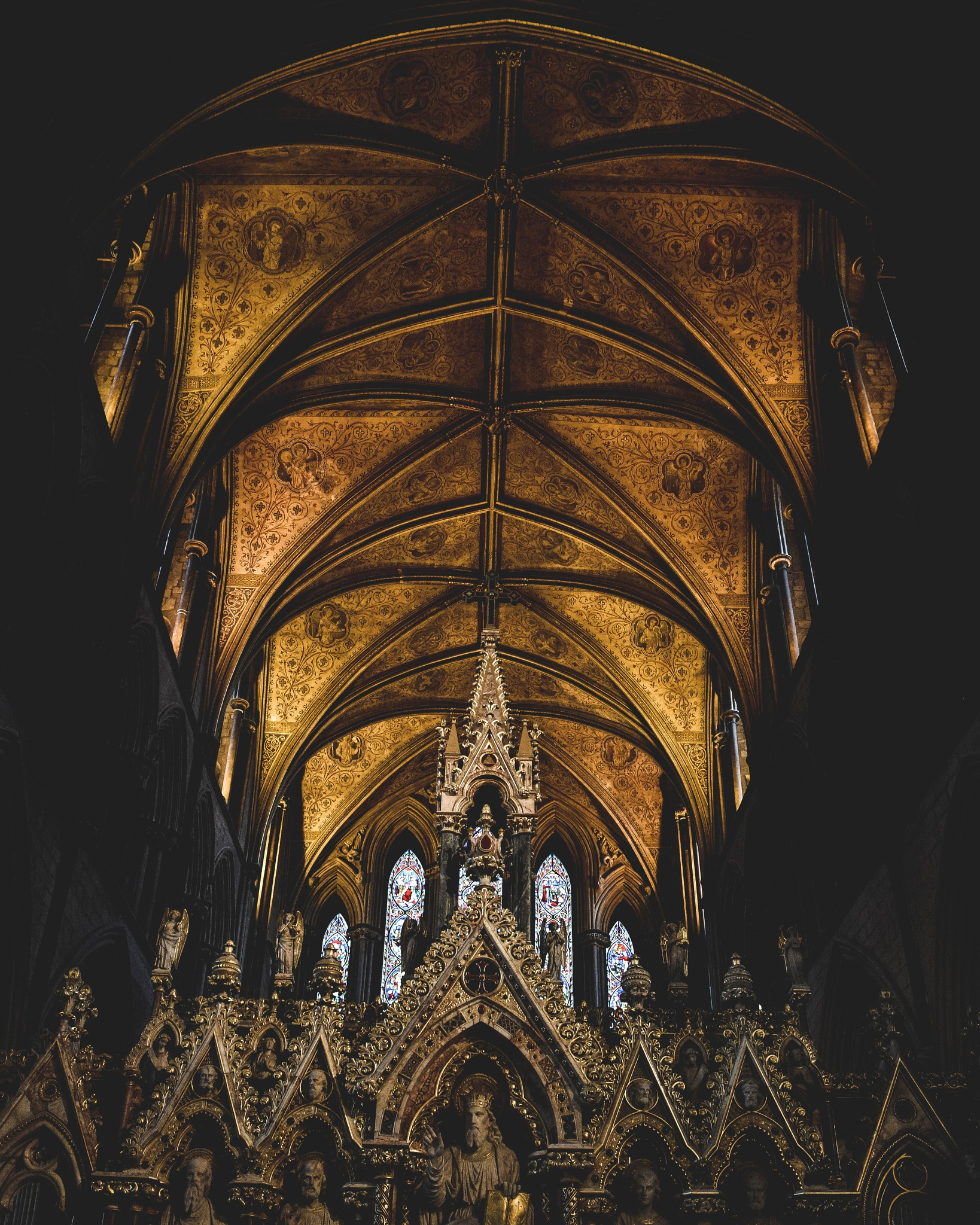 Worcester cathedral.  by Kieran Lusher