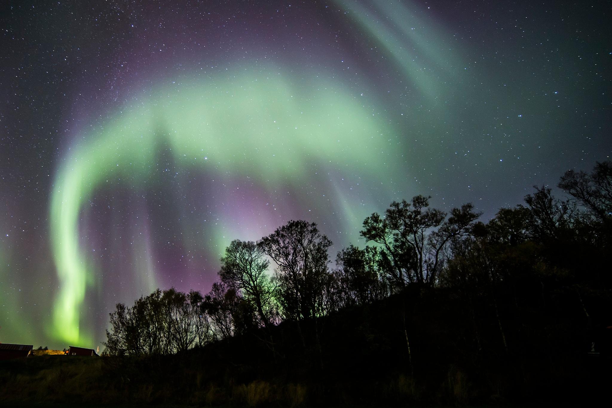 Northern Light ( Powerful Color splash )  by Fotograf Lars Bryhn