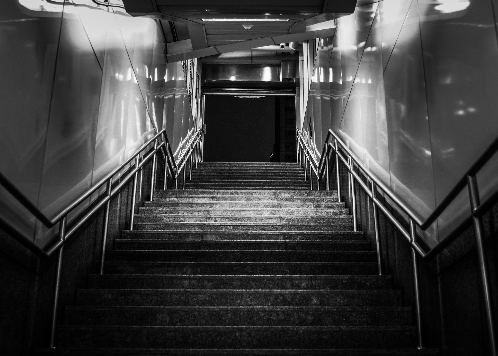 stair by Hongen Lin