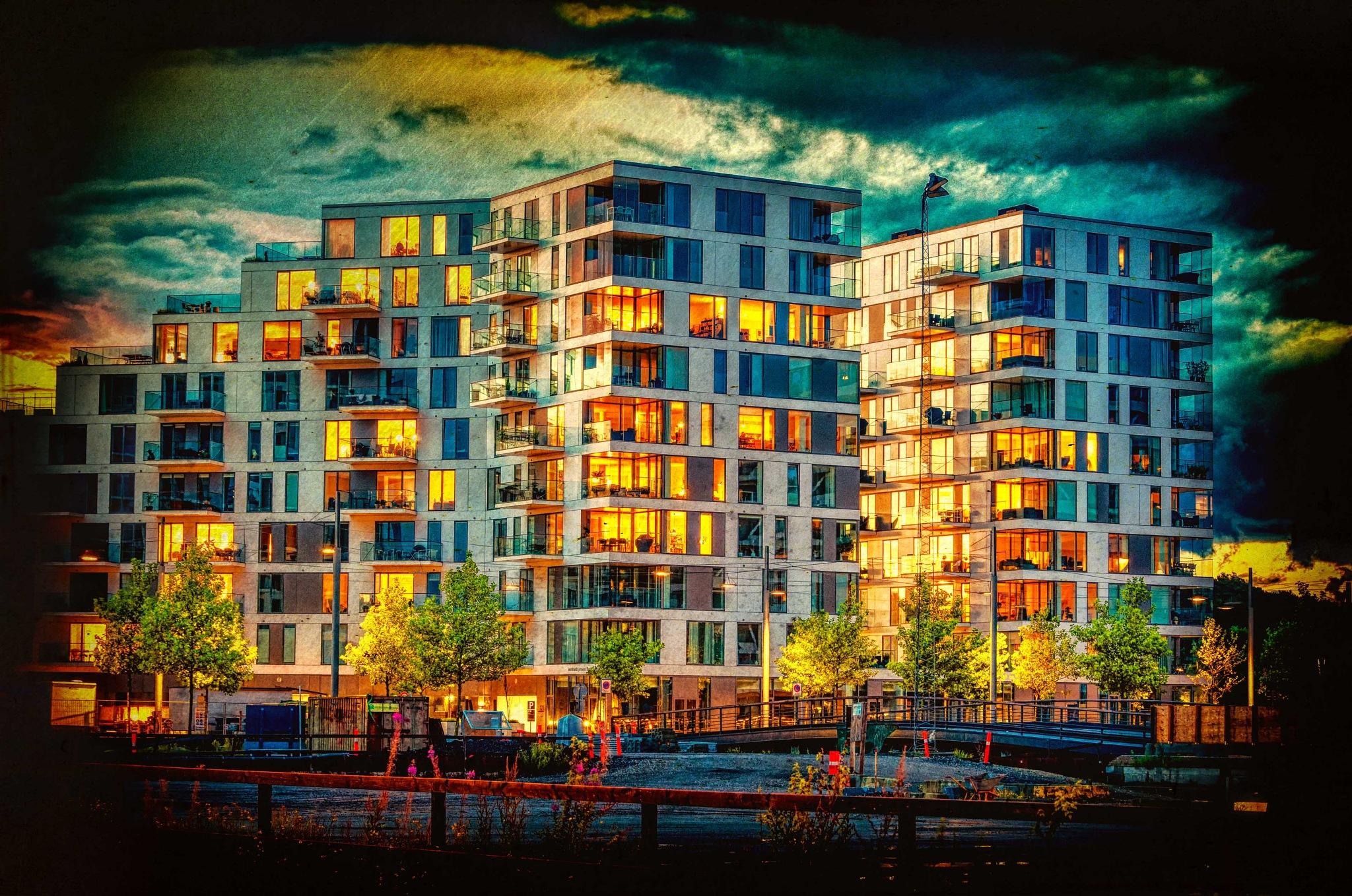 Cityscape by night by Preben Schmidt