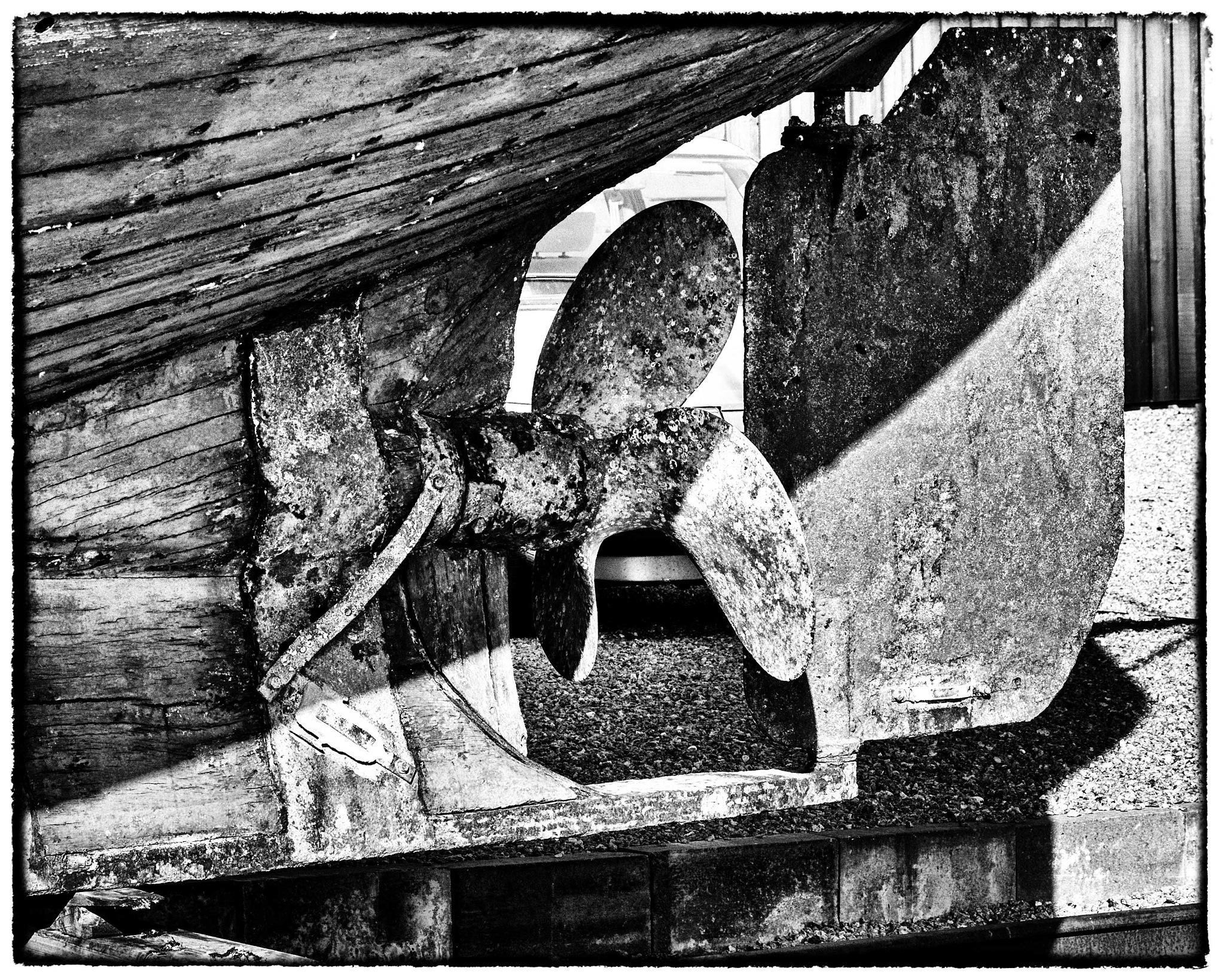Ship Screw by Preben Schmidt