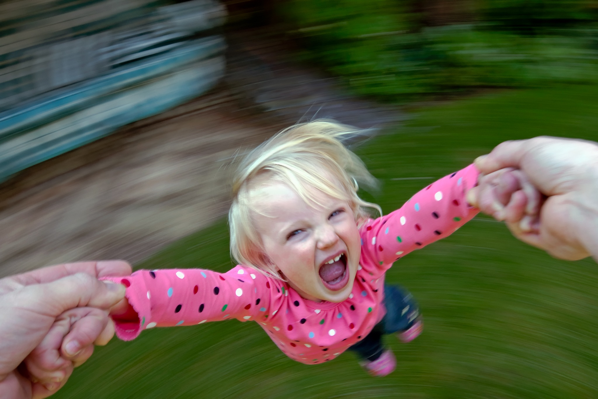 spinning toddler by Alan Ranger Photography