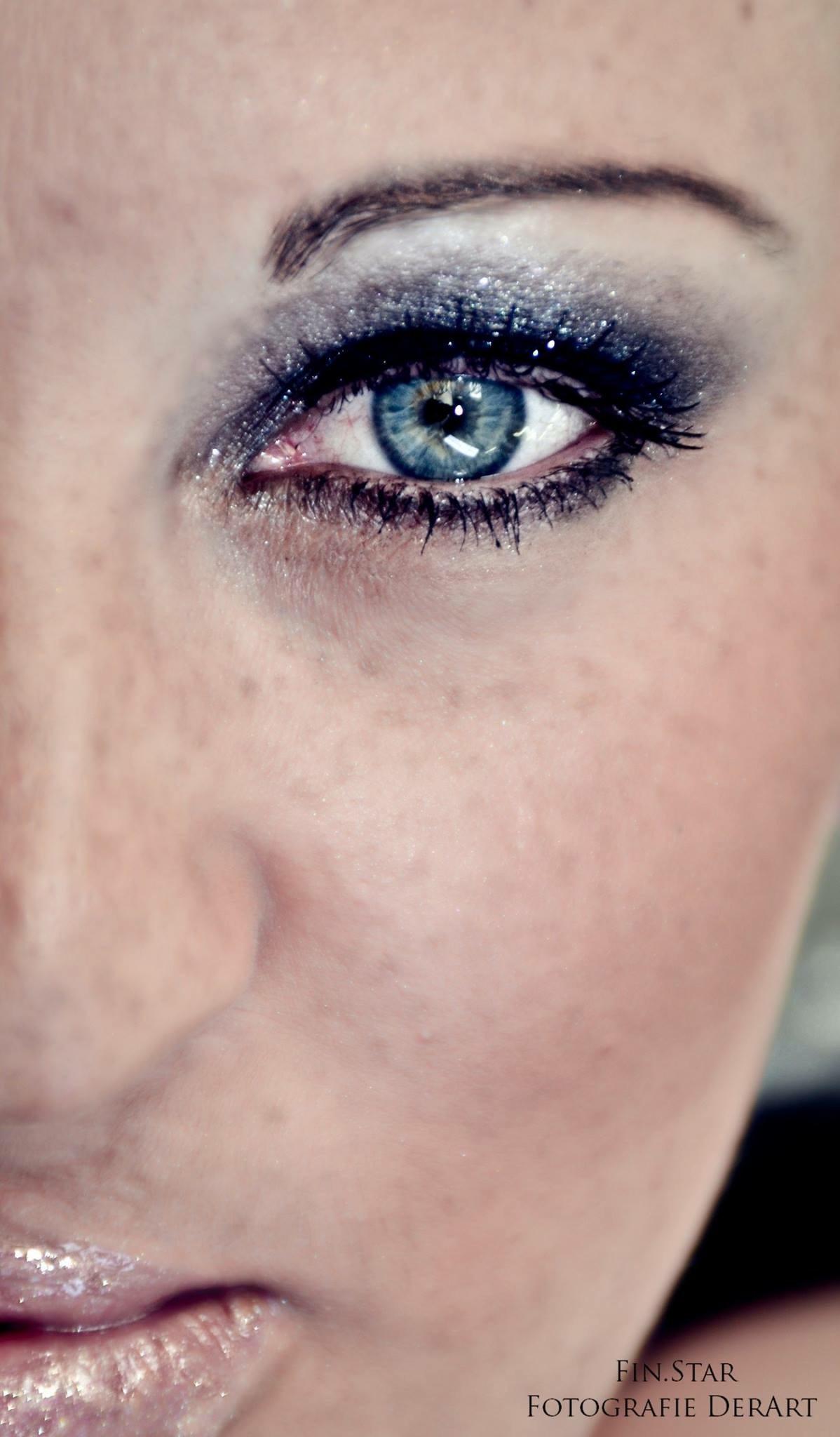 Face by F1n5tar
