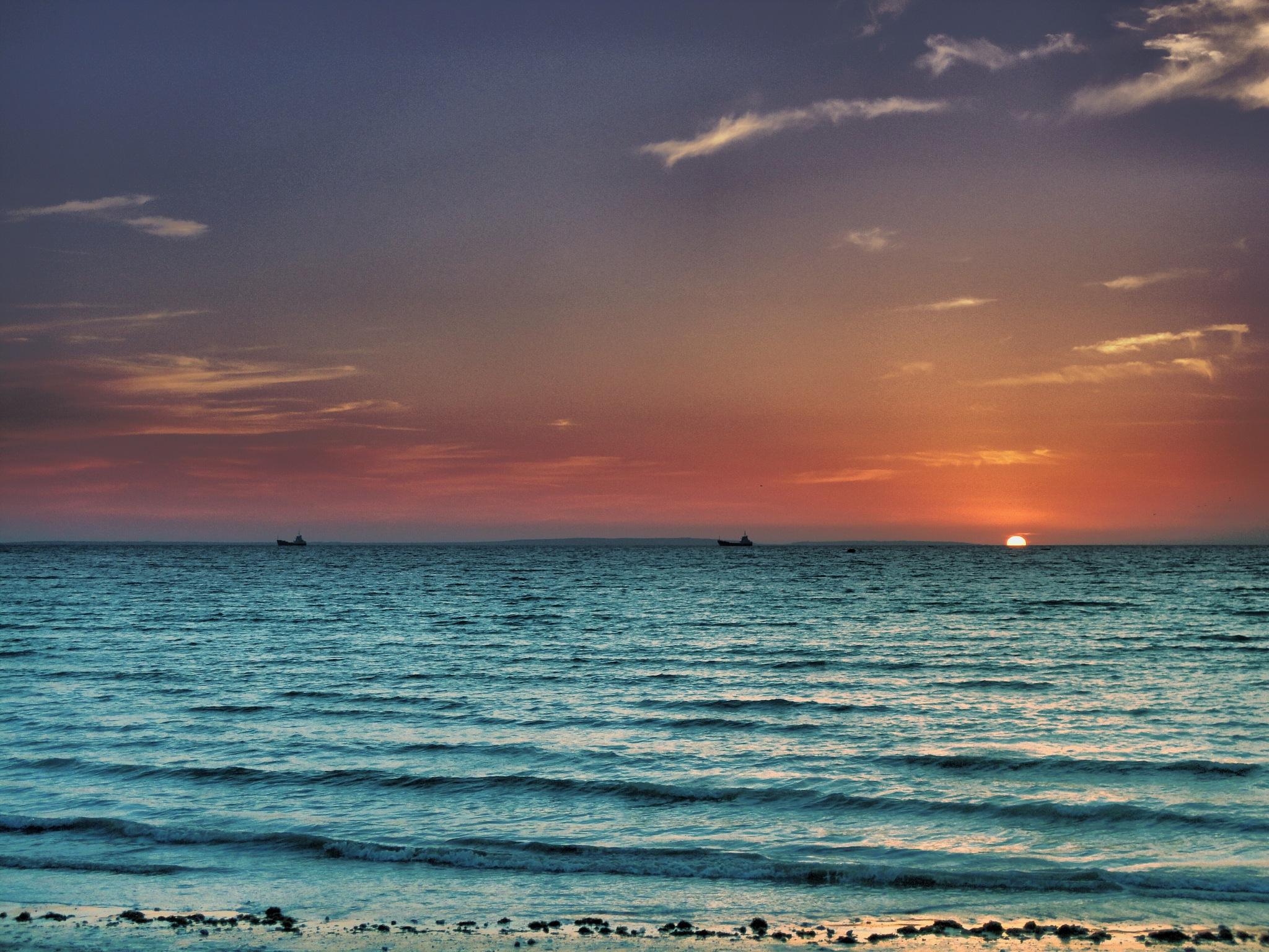 Sunset in Tiss by Rassoul Jamshidzehi