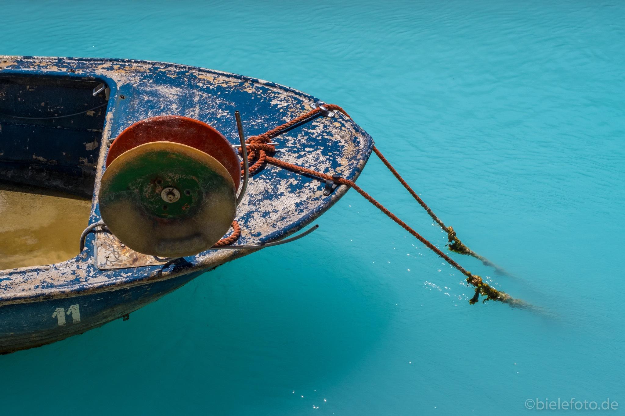 Fishing boat in Tuscany by bielefoto (Oliver Isermann)
