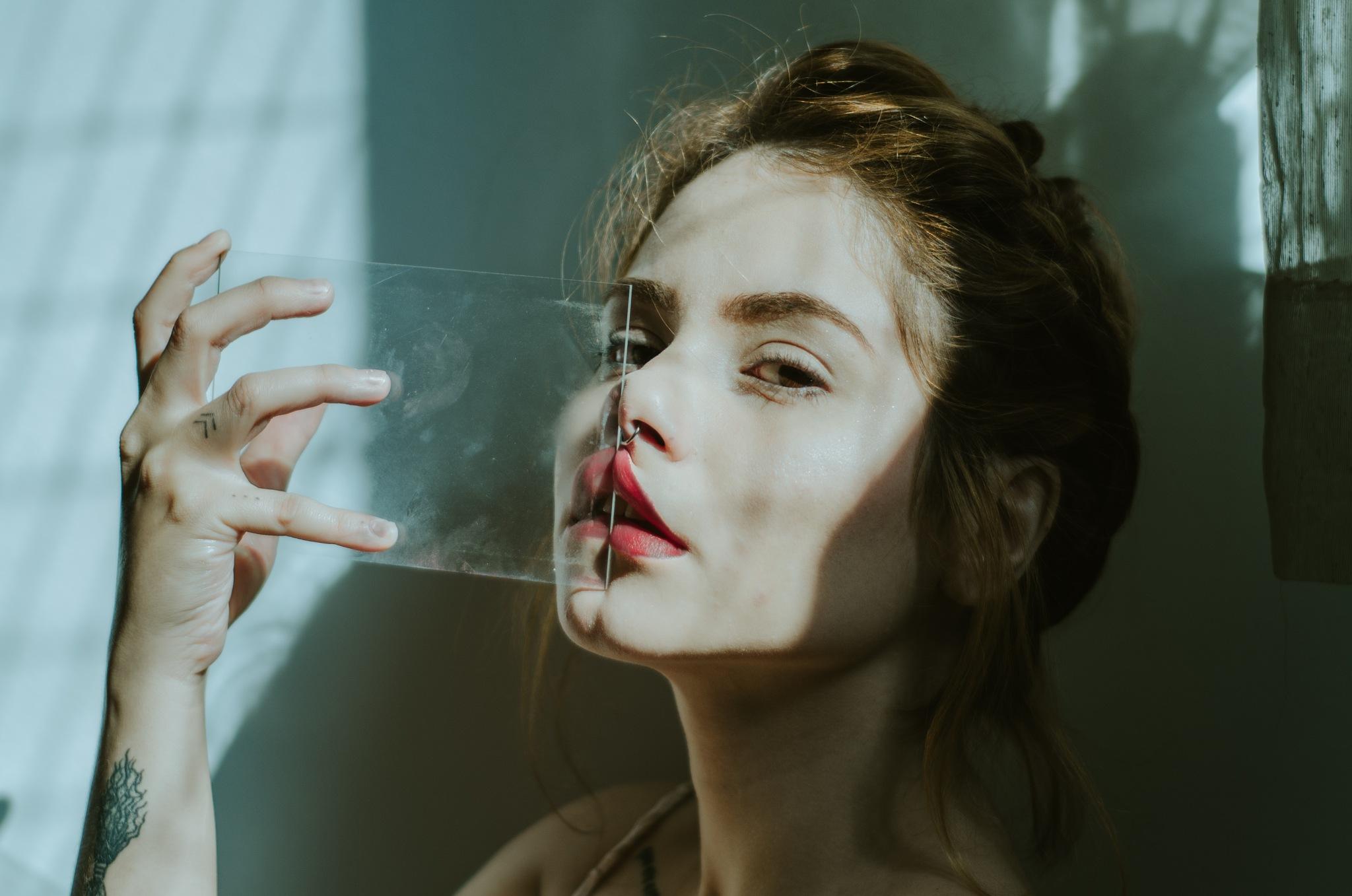 made of glass by Pâmela Pauany