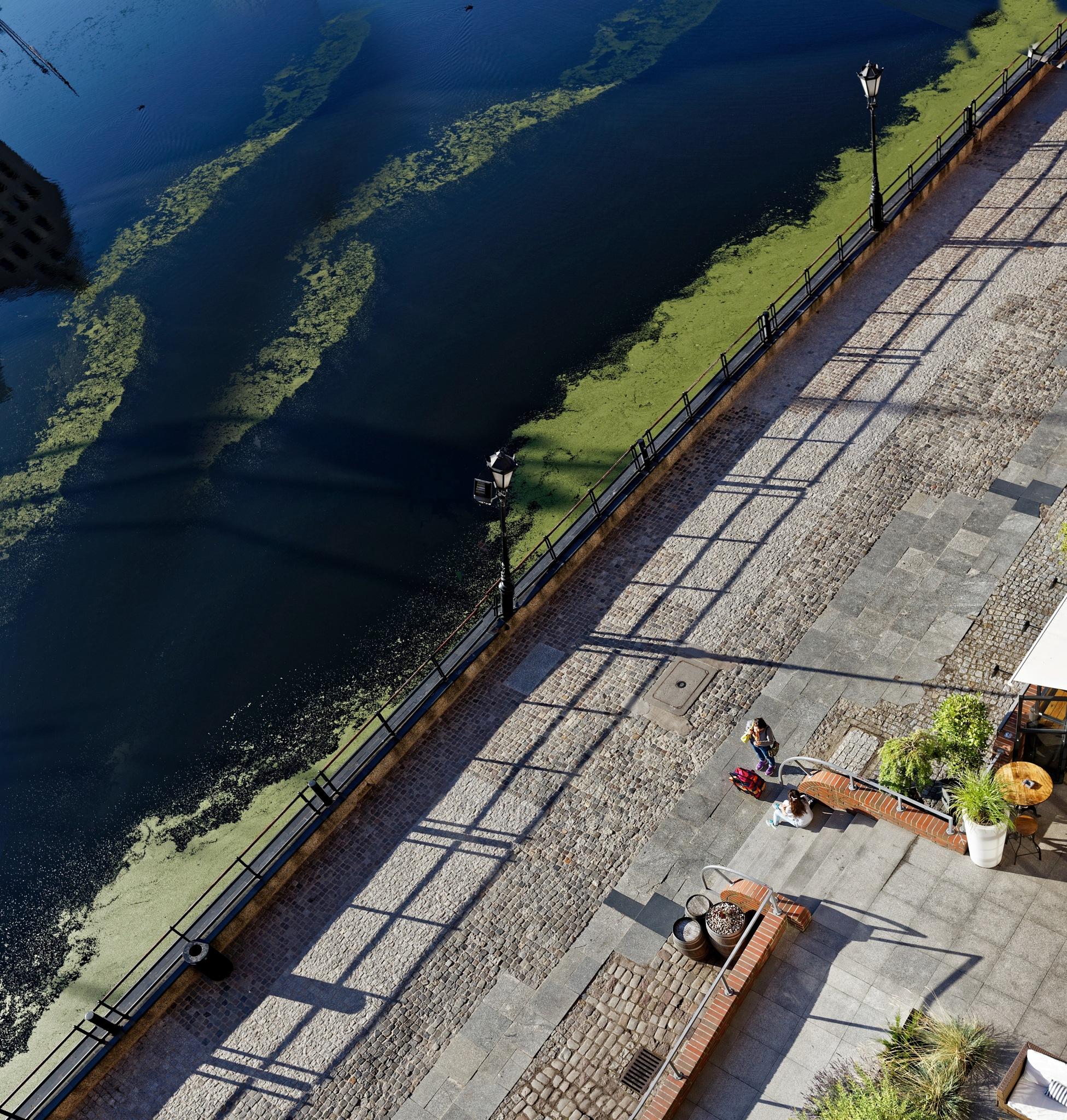Mean Line...Embankment  by Aleksandrs Drozdovs