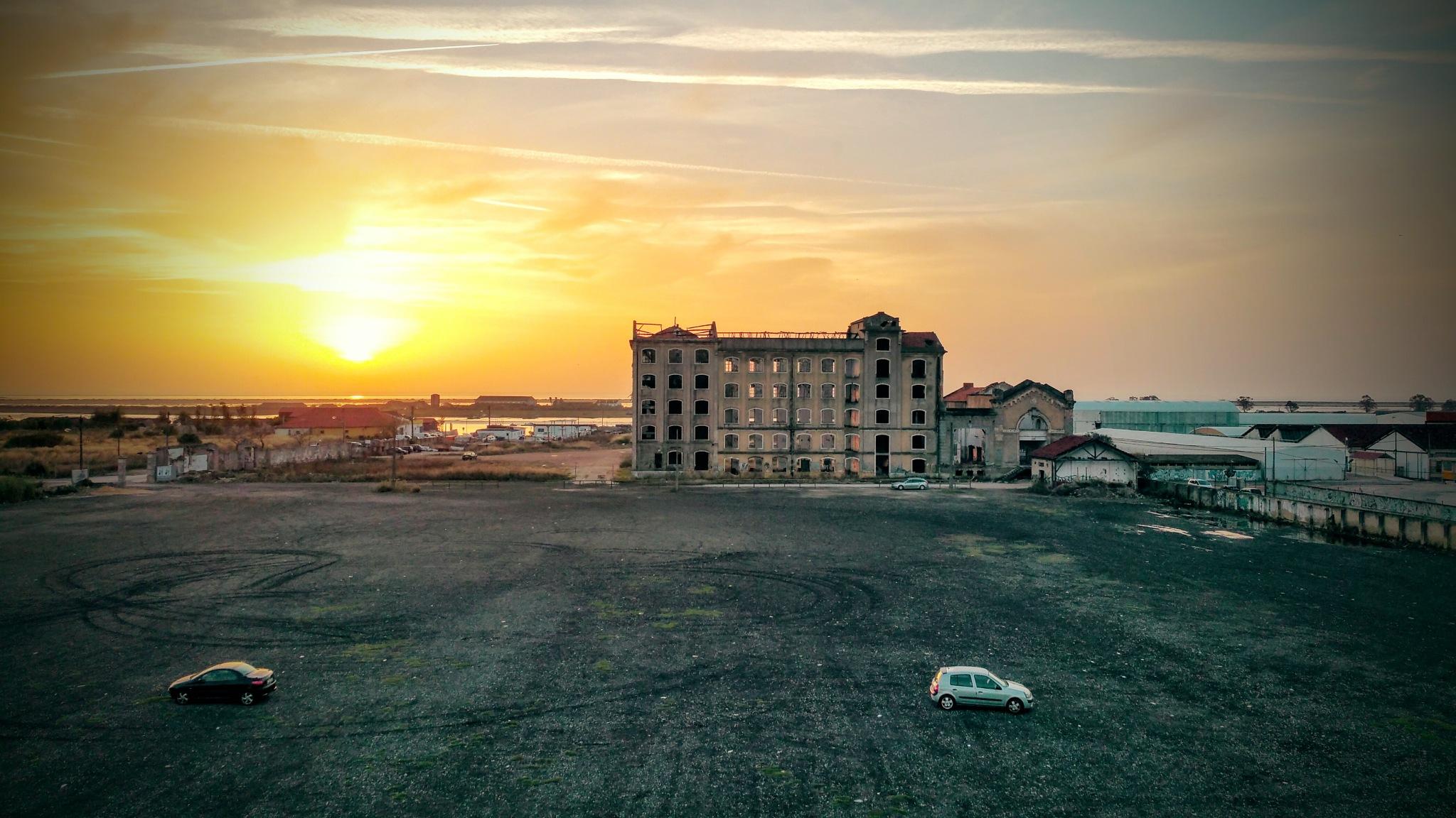 Sunrise by Joao Caldini