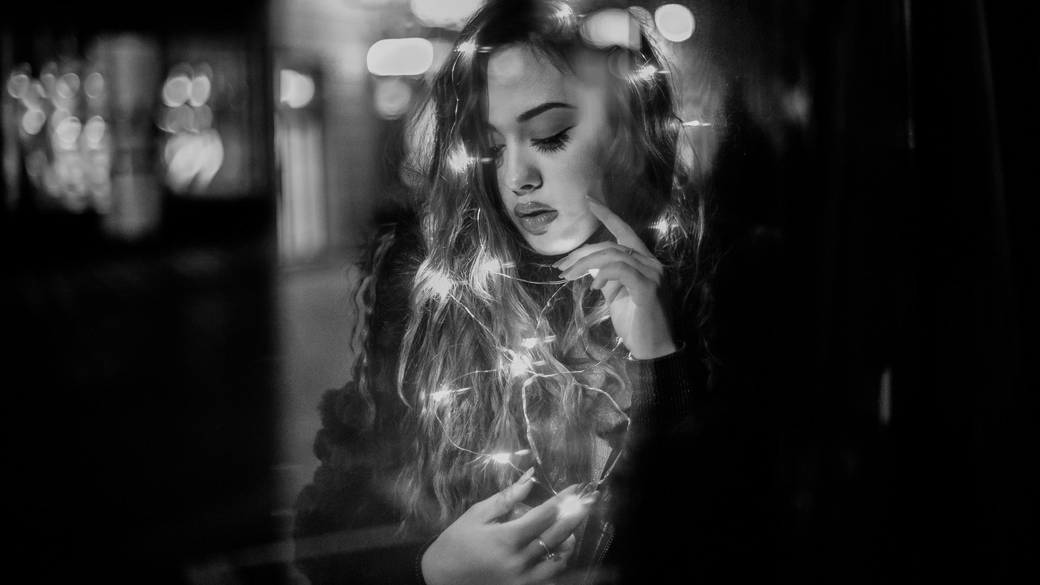 Portrait by Zo Li
